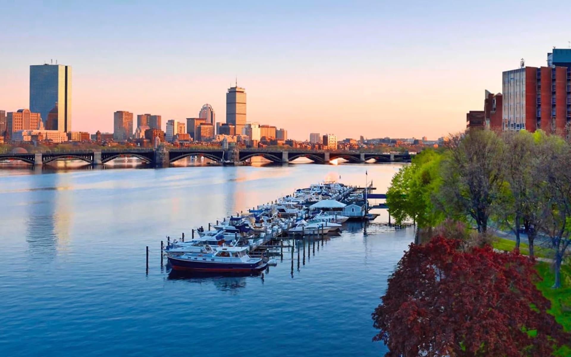 Royal Sonesta Boston in Cambridge:  Royal Sonesta Boston - River View