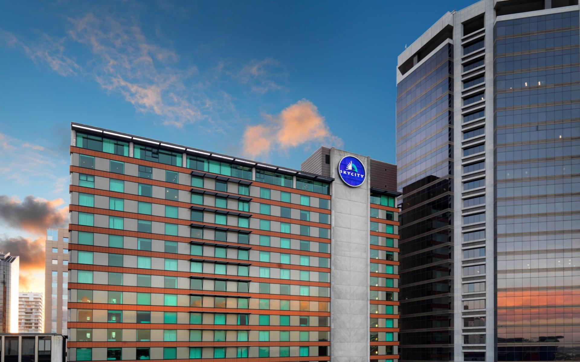 Skycity Grand Hotel in Auckland:  Skycity Grand Hotel - Aussenansicht