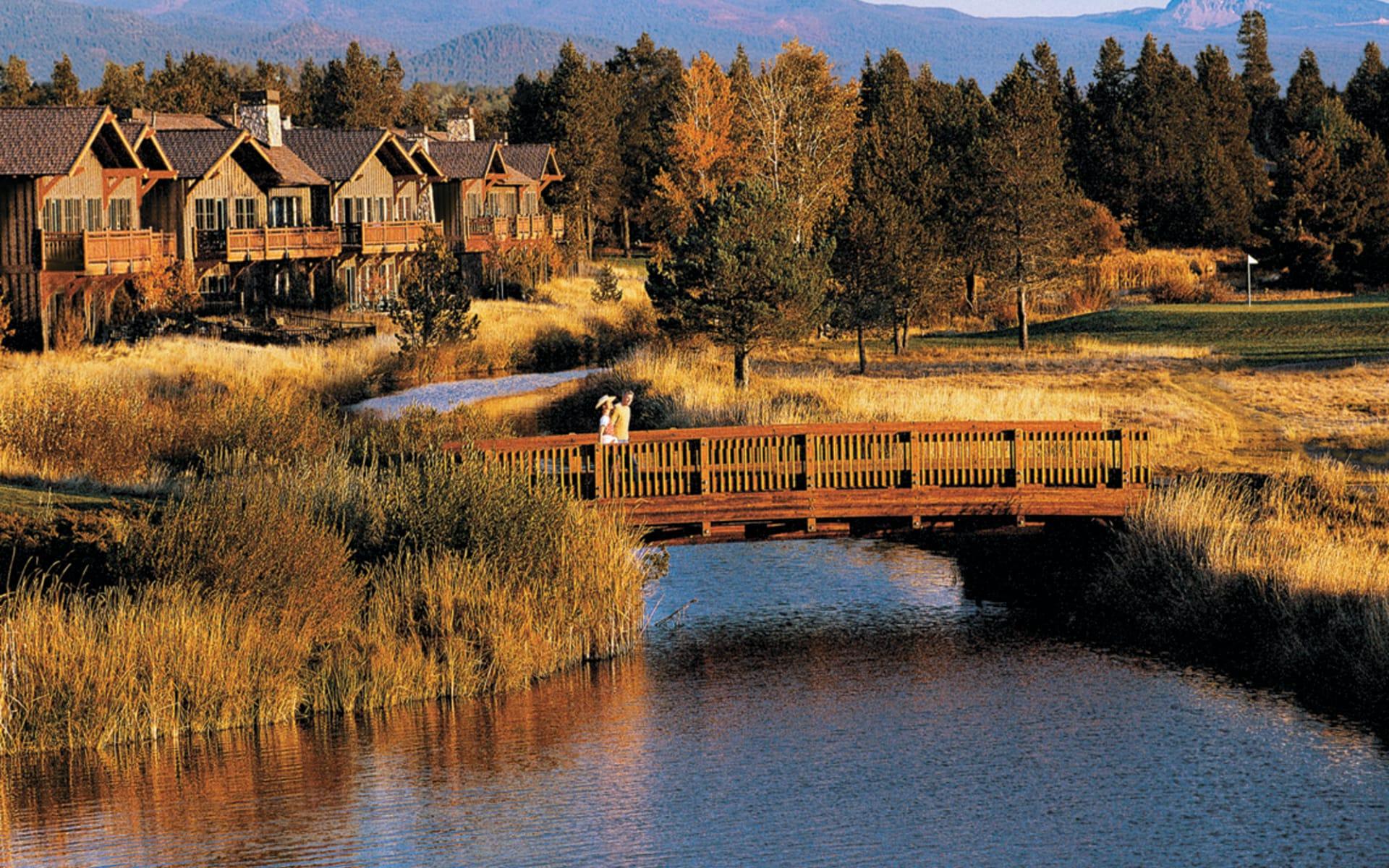 Sunriver Resort in Bend: exterior sunriver resort oregon fluss brücke