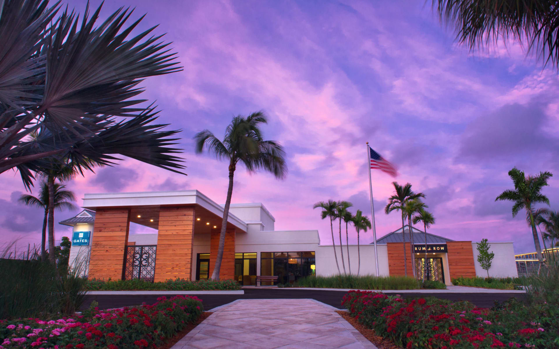 The Gates Hotel Key West:  The Gates_dramatic sky