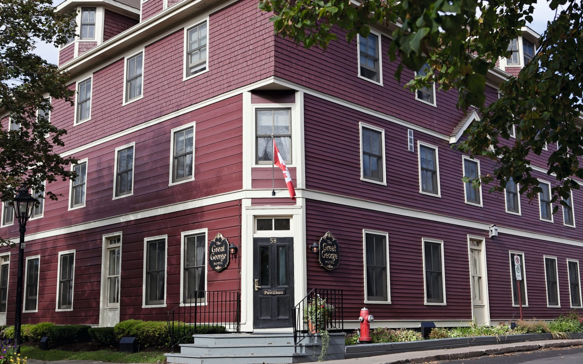 The Great George in Charlottetown:  The Great George_EntrancePavilion