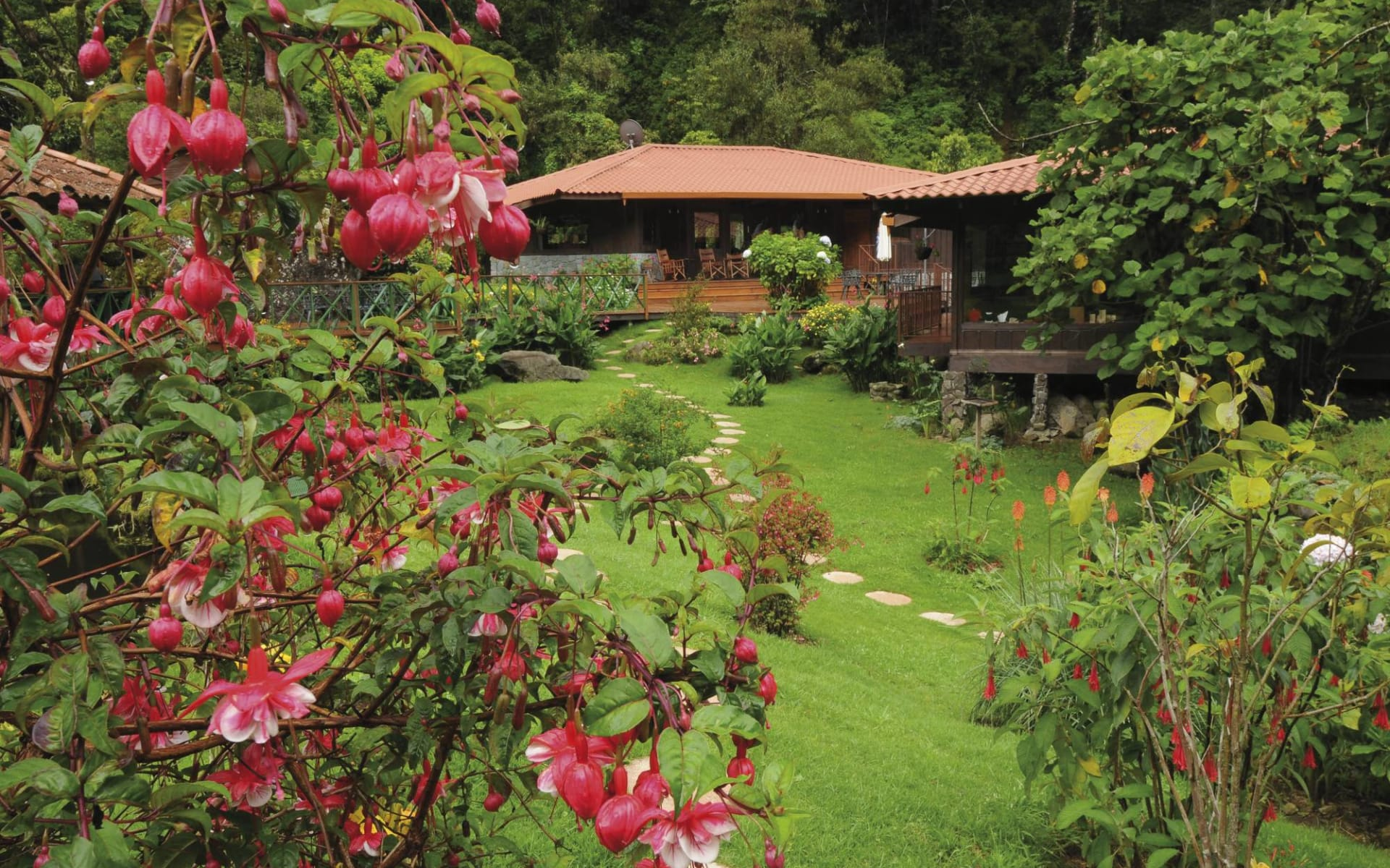 Trogon Lodge in San Gerardo de Dota: exterior trogon lodge garten