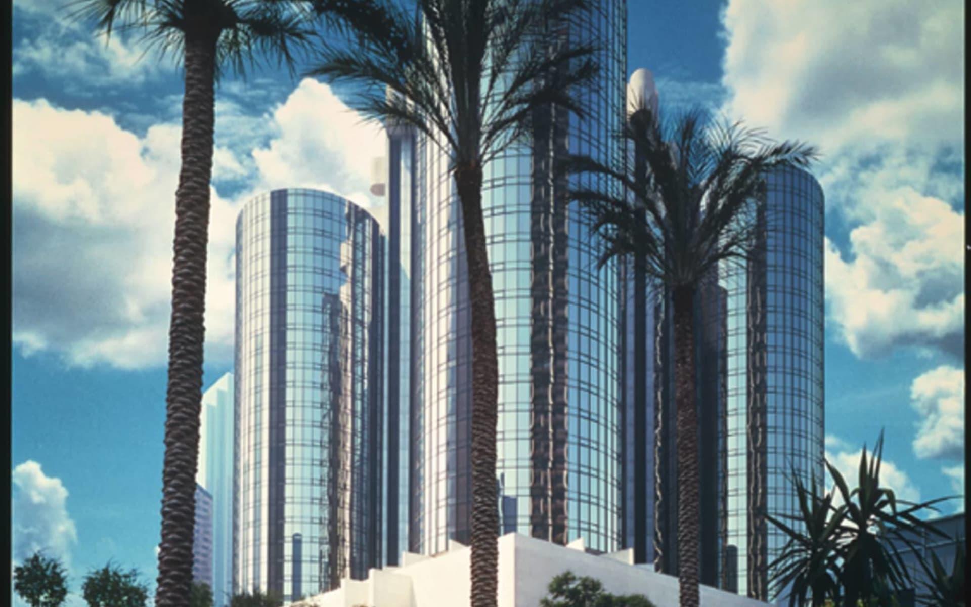The Westin Bonaventure Hotel & Suites Los Angeles: exterior westin bonaventure los angeles hotelansicht palmen