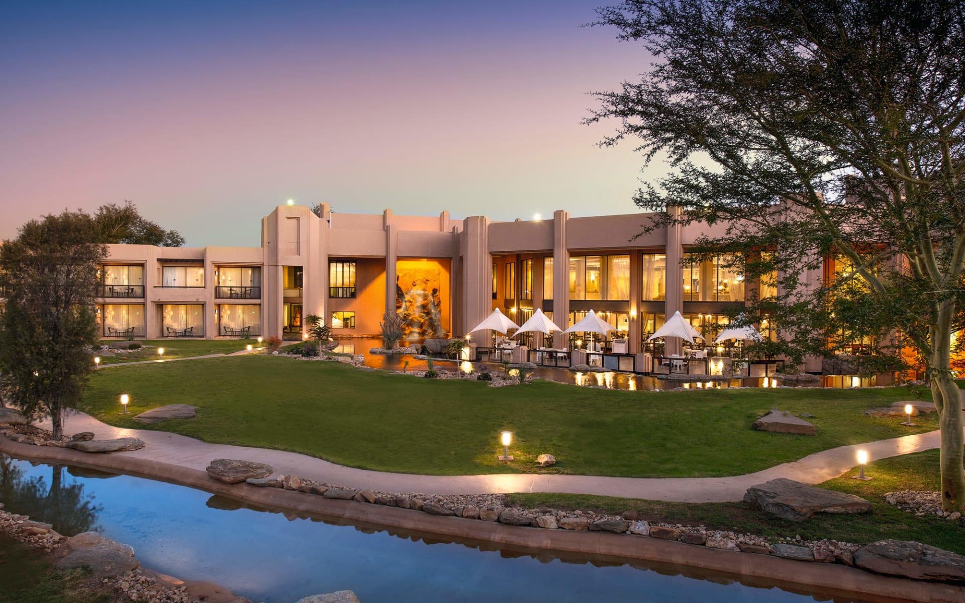 Windhoek Country Club Resort in Eros: Windhoek Country Club Resort - Aussenansicht