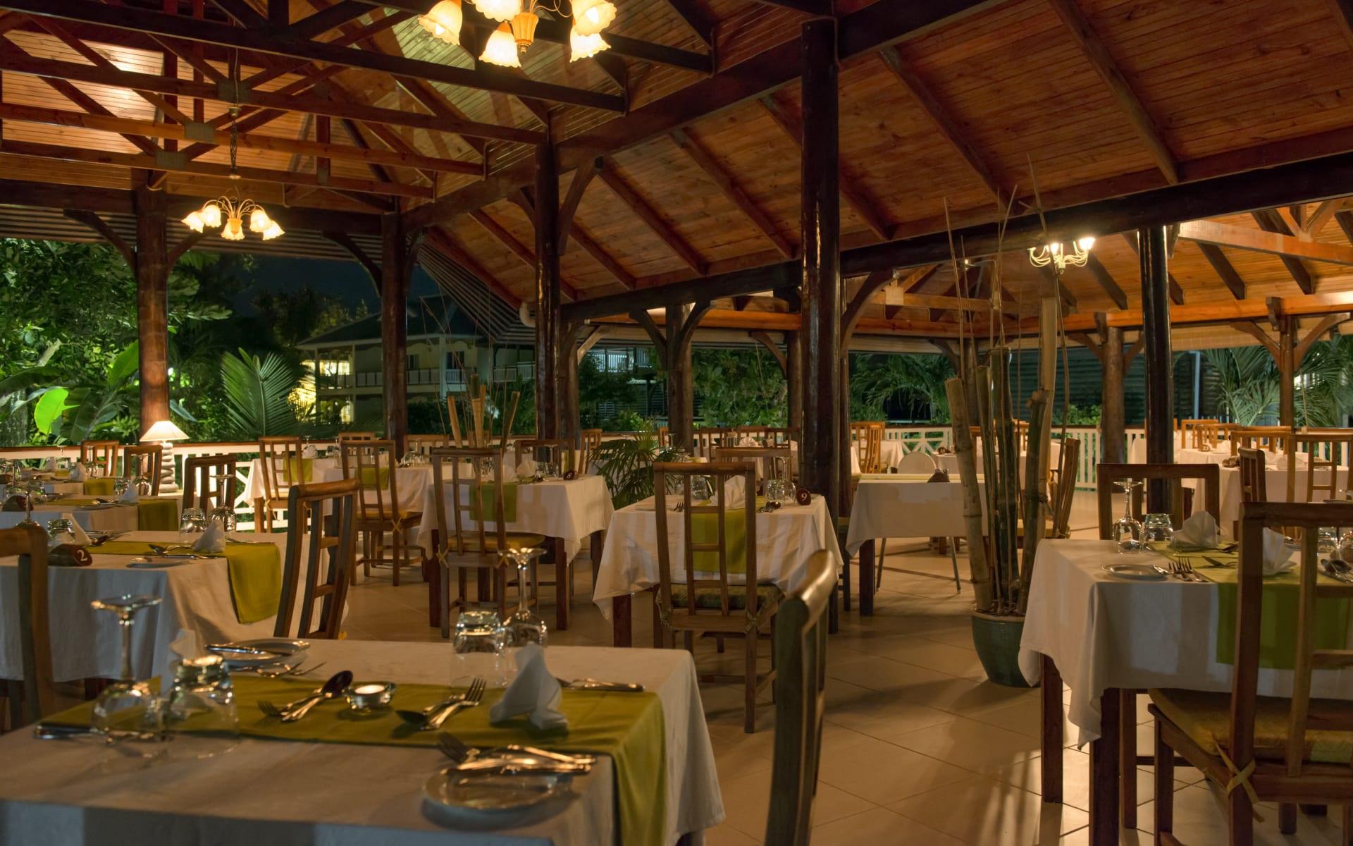 Acajou Beach Resort in Praslin:  les boucaniers restaurant