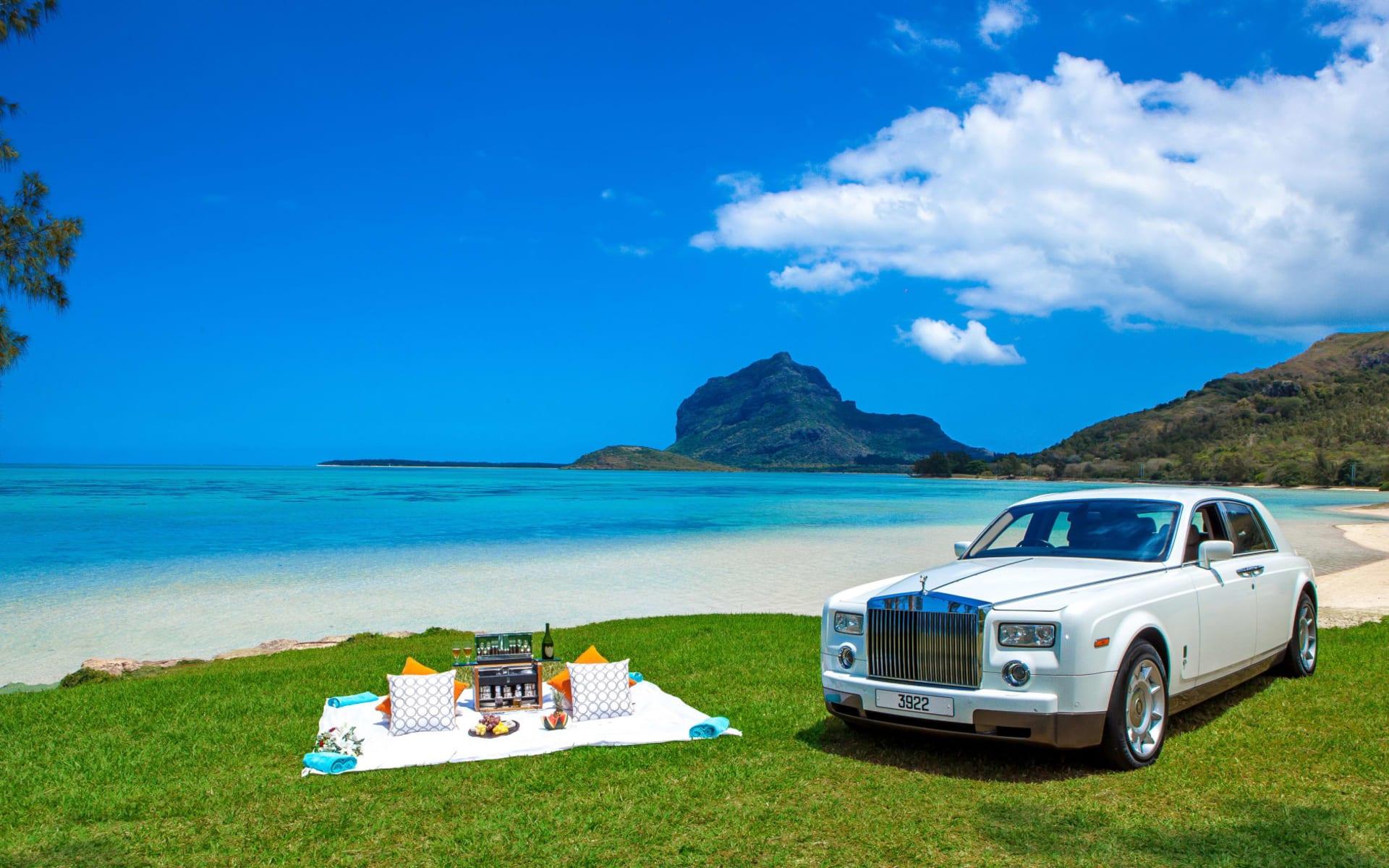Maradiva Villas Resort & Spa in Wolmar, Flic en Flac: Rolls Royce Picnic Hamper