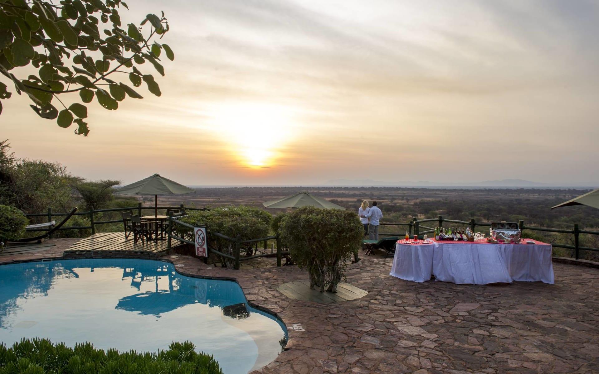 Kirawira Serena Camp in Serengeti: Sundowner