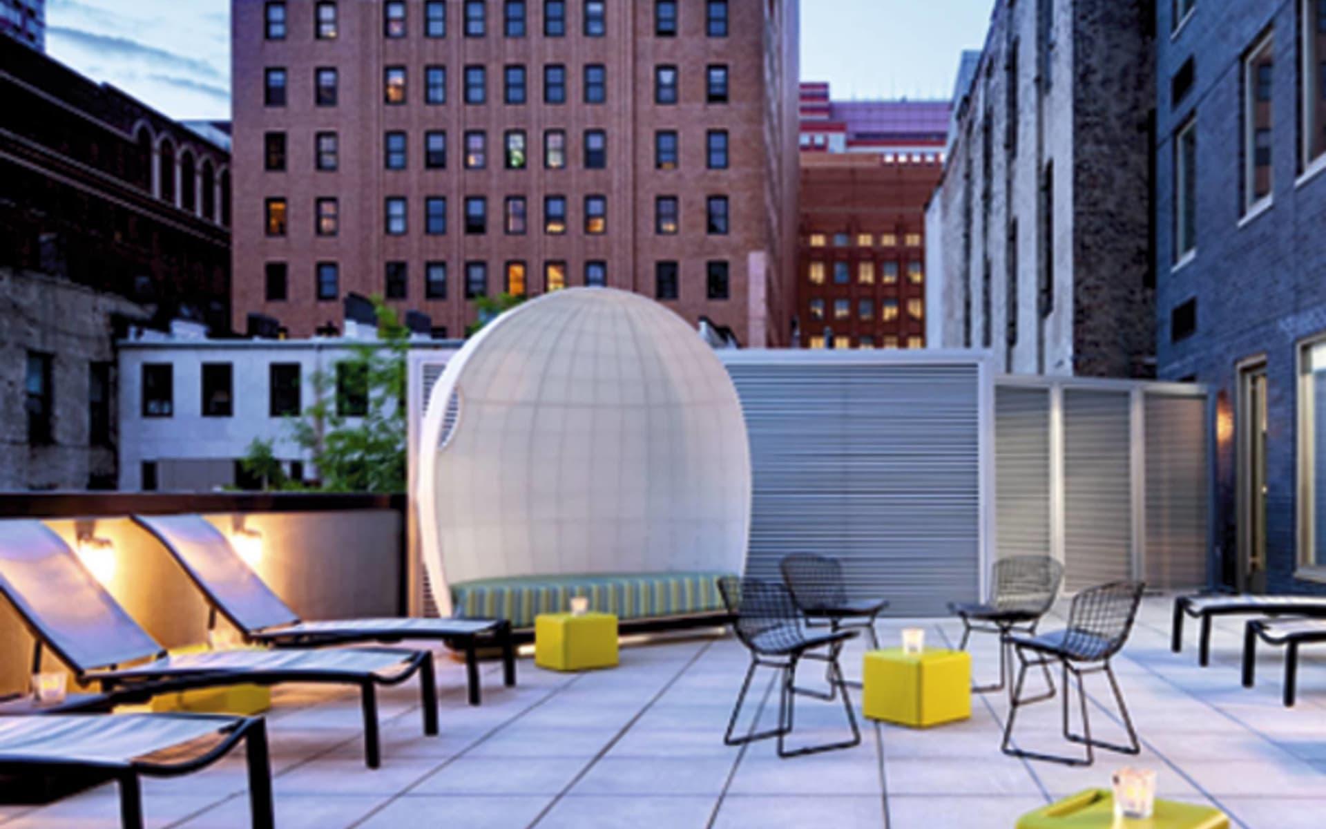 Aloft New York Brooklyn in New York - Brooklyn: facilities aloft new york brooklyn balkon
