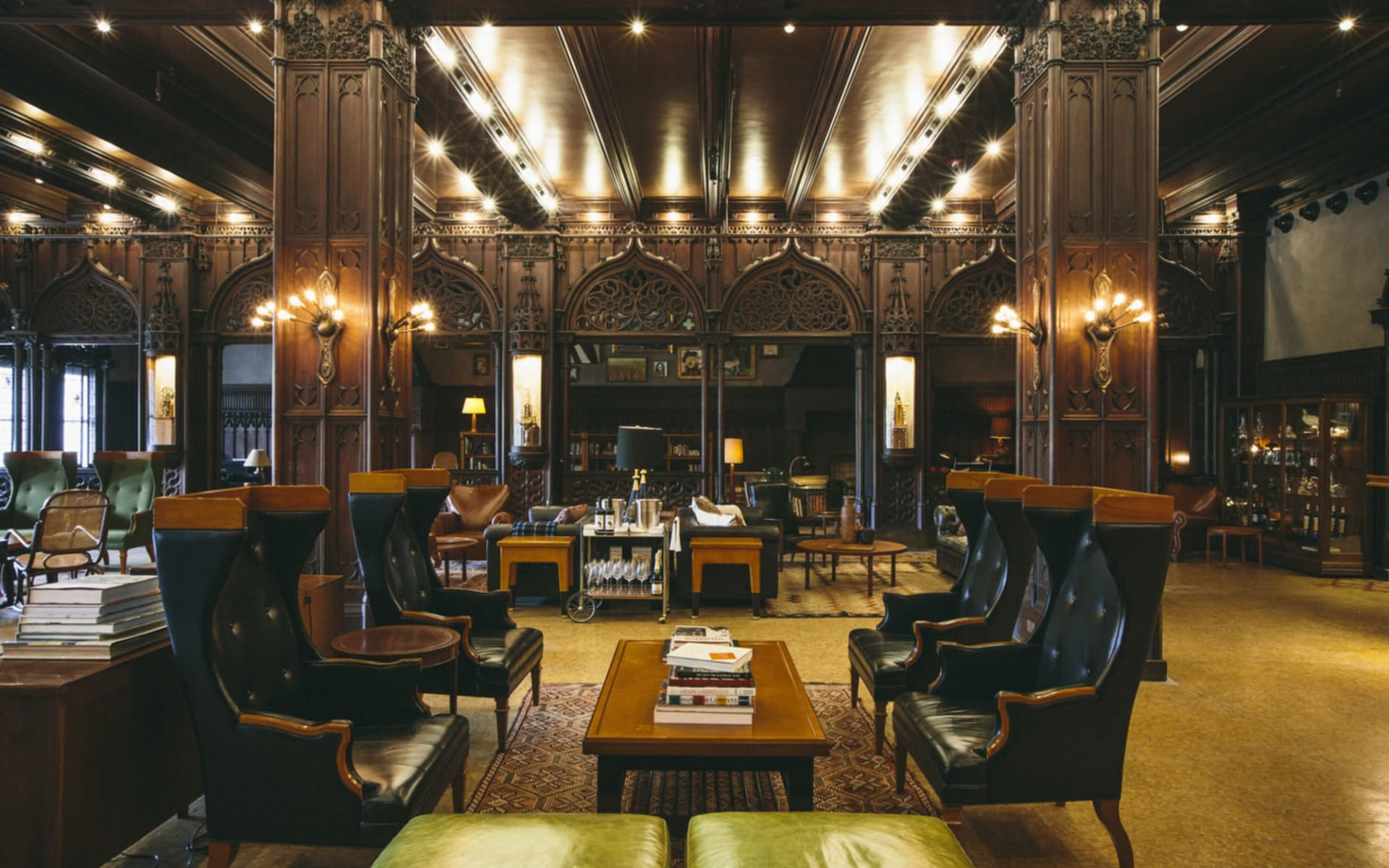 Chicago Athletic Association:  Chicago Athletic Association - DrawingRoom