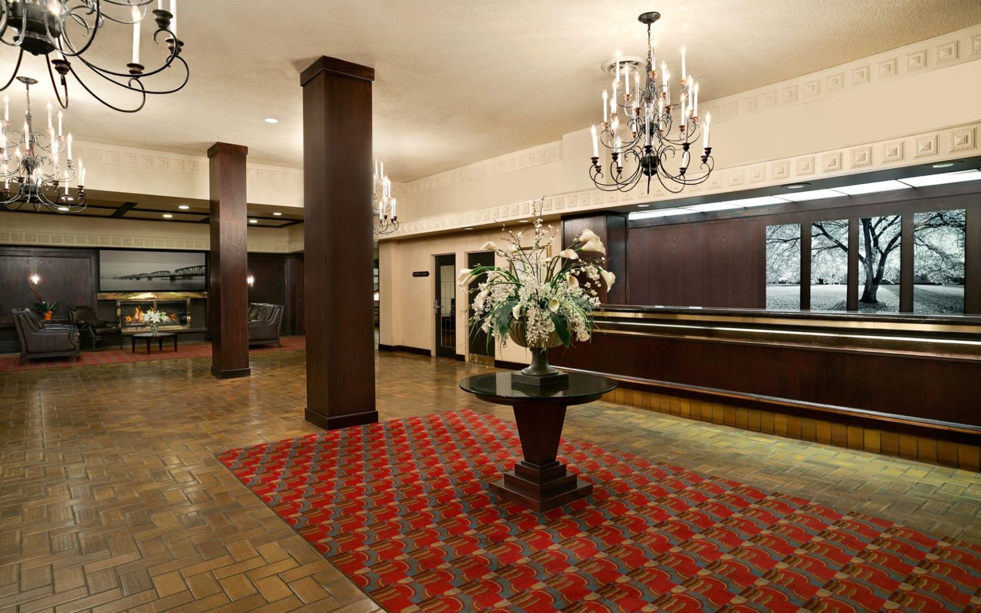 Coast Prince George Hotel by APA:  Coast Inn of the North_Lobby