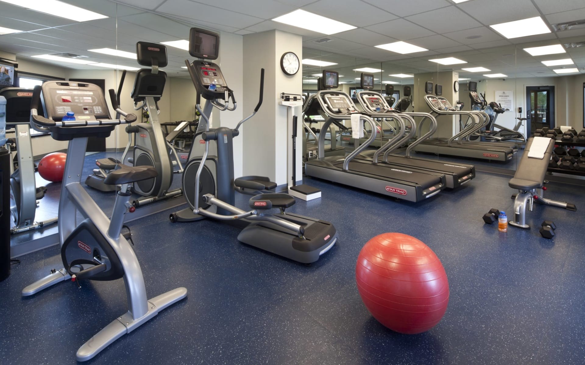 Copper Point Resort in Invermere: Facilities_Copper Point Resort_Fitness Centre_Jonview