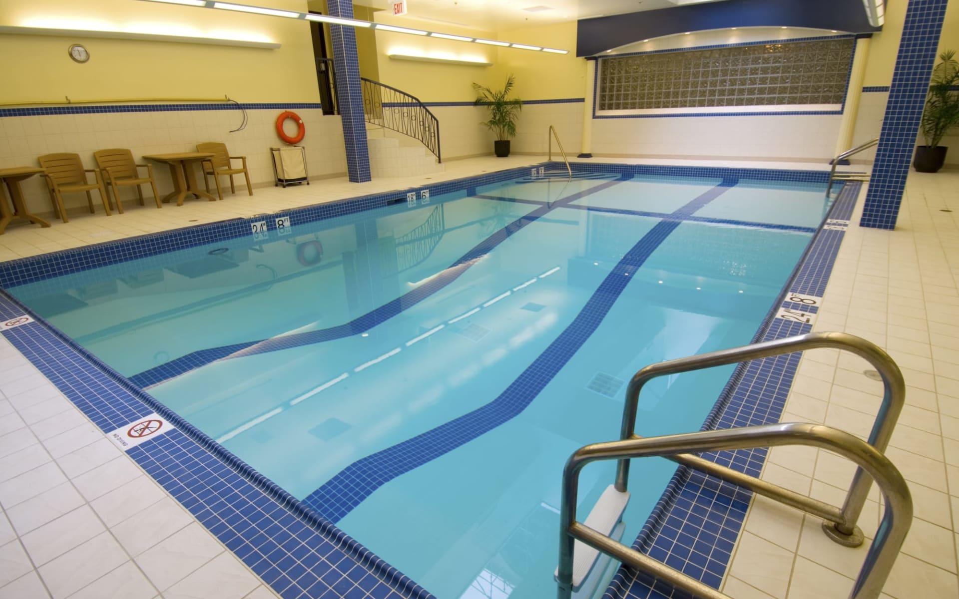 Crowne Plaza Fredericton Lord Beaverbrook: facilities_Crowne Plaza Fredericton Lord Beaverbrook_Pool