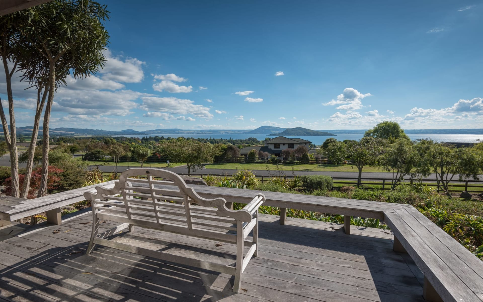 Flemington Lake View B&B in Rotorua:  Flemington - 2017-02-25 Fleminton Place #2_1985