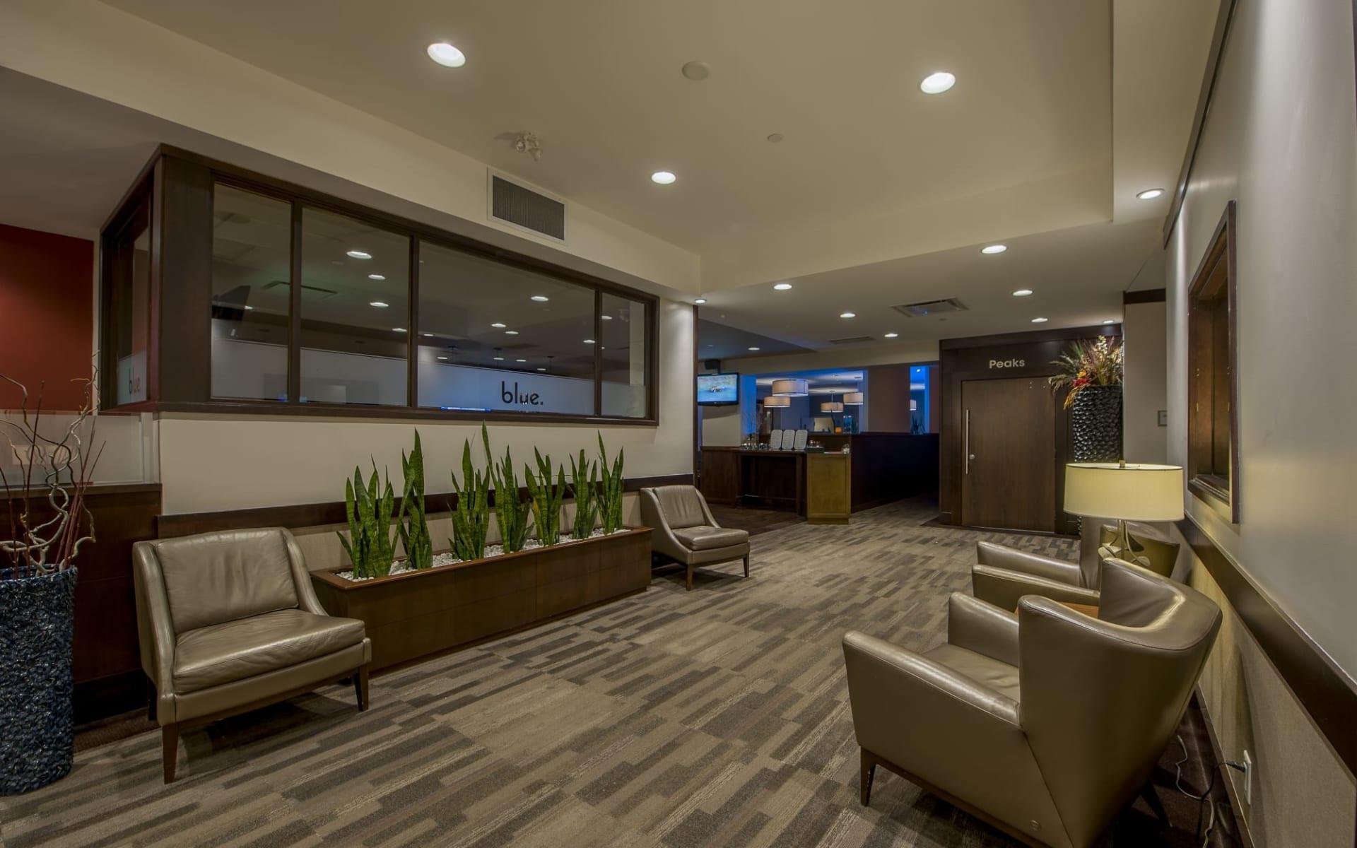 Delta Kamloops Downtown:  Hotel 540_Lobby