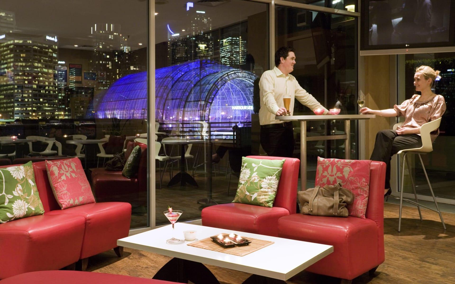 Ibis Sydney Darling Harbour: Facilities Ibis Sydney Darling Harbour Hotel Bar