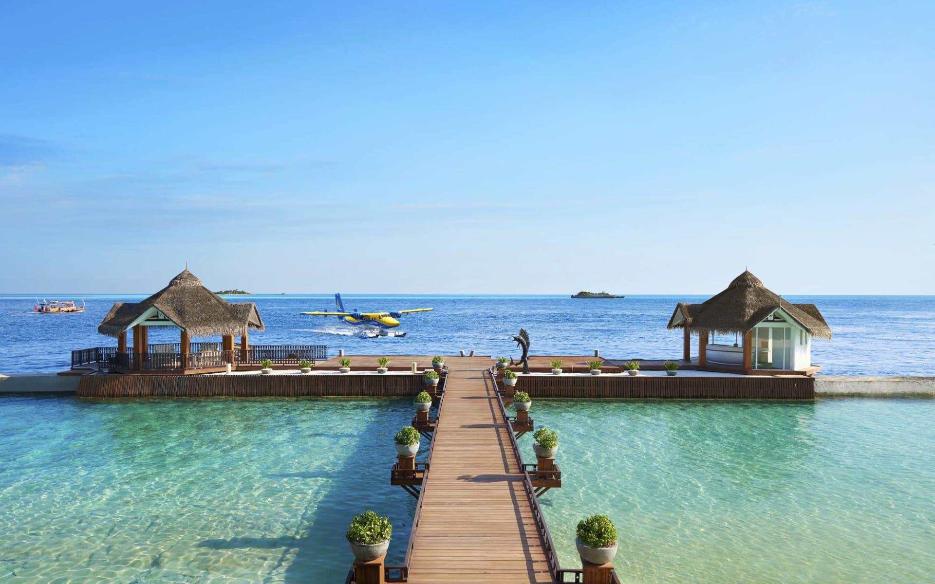 Ellaidhoo Maldives by Cinnamon in Ari-Atoll: Jetty