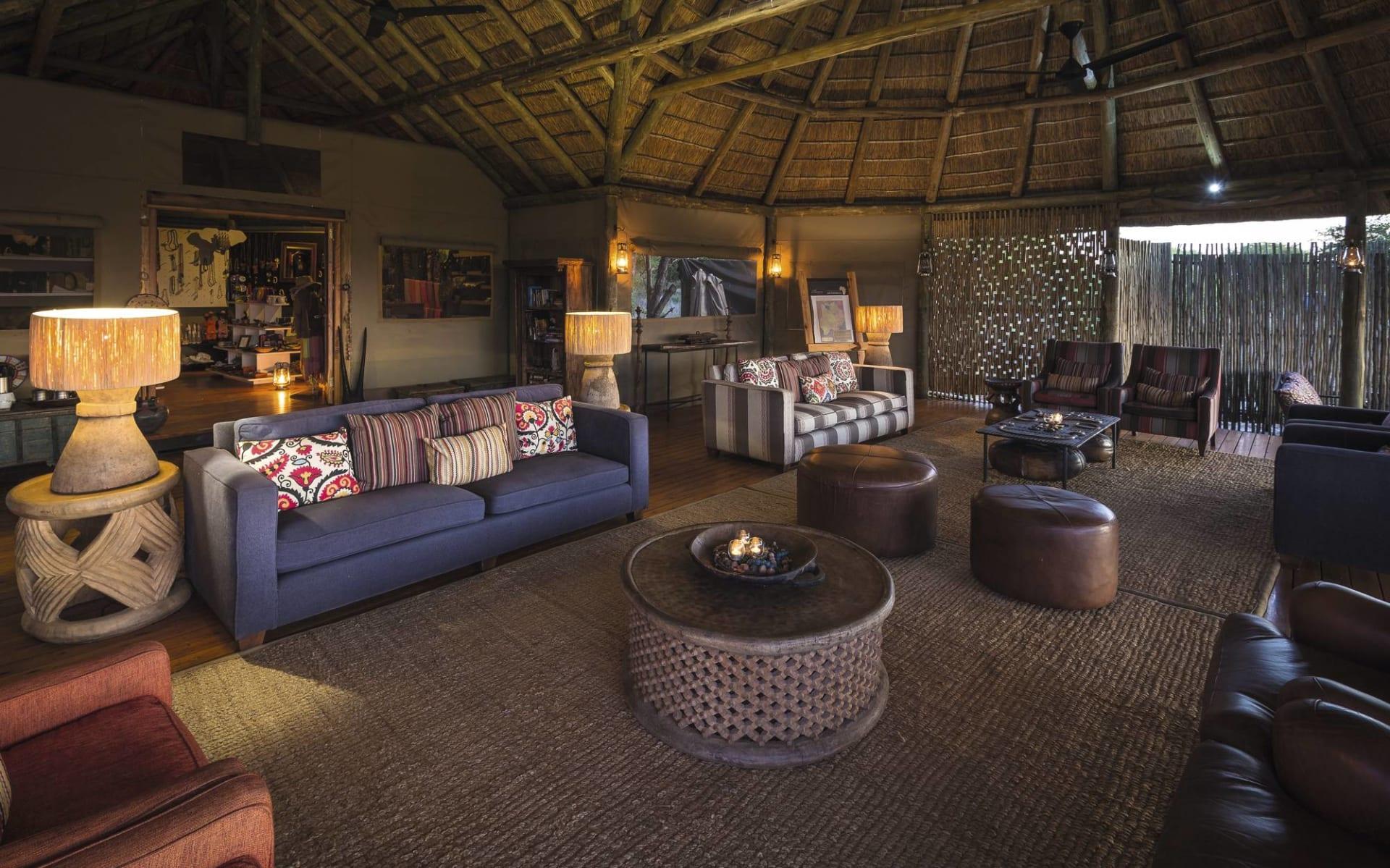 Camp Kalahari in Makgadikgadi Pans: Kalahari Plains Camp - Lounge c Wilderness Safaris