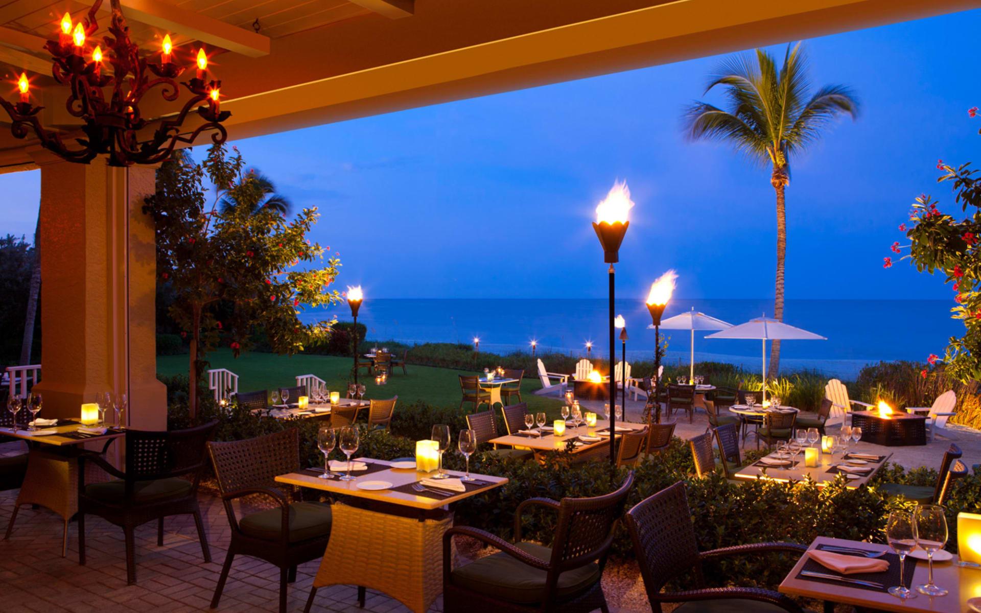 La Playa Beach Resort in Naples:  LaPlaya Beach & Golf Resort - Baleen Restaurant