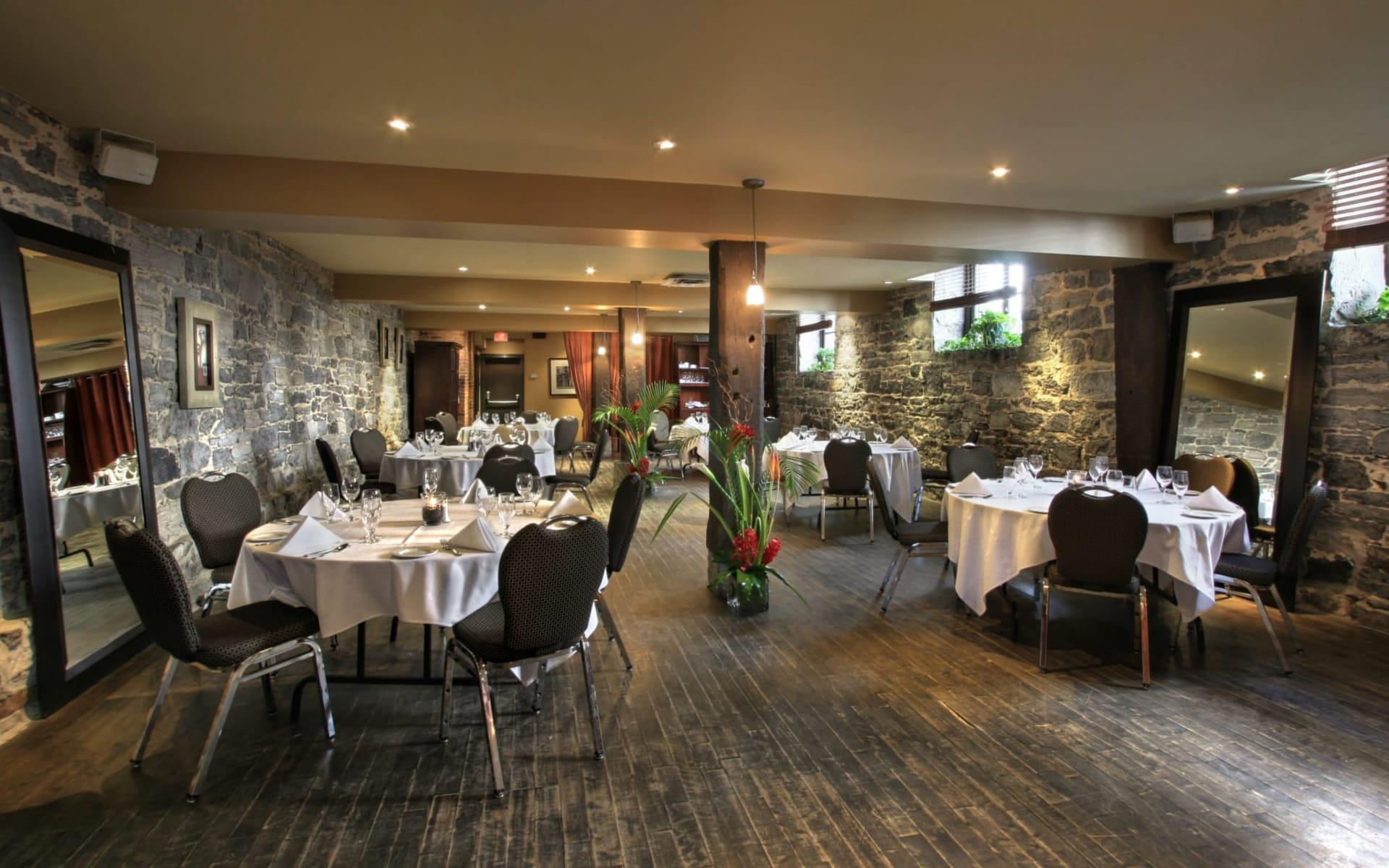 Hotel Nelligan in Montréal:  Le Nelligan_DiningArea