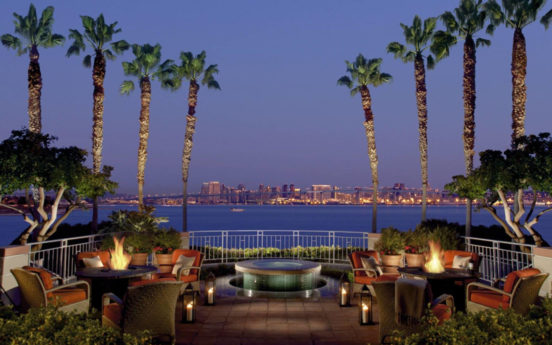Loews Coronado Bay Resort in San Diego: facilities loews coronado bay palmen lounges