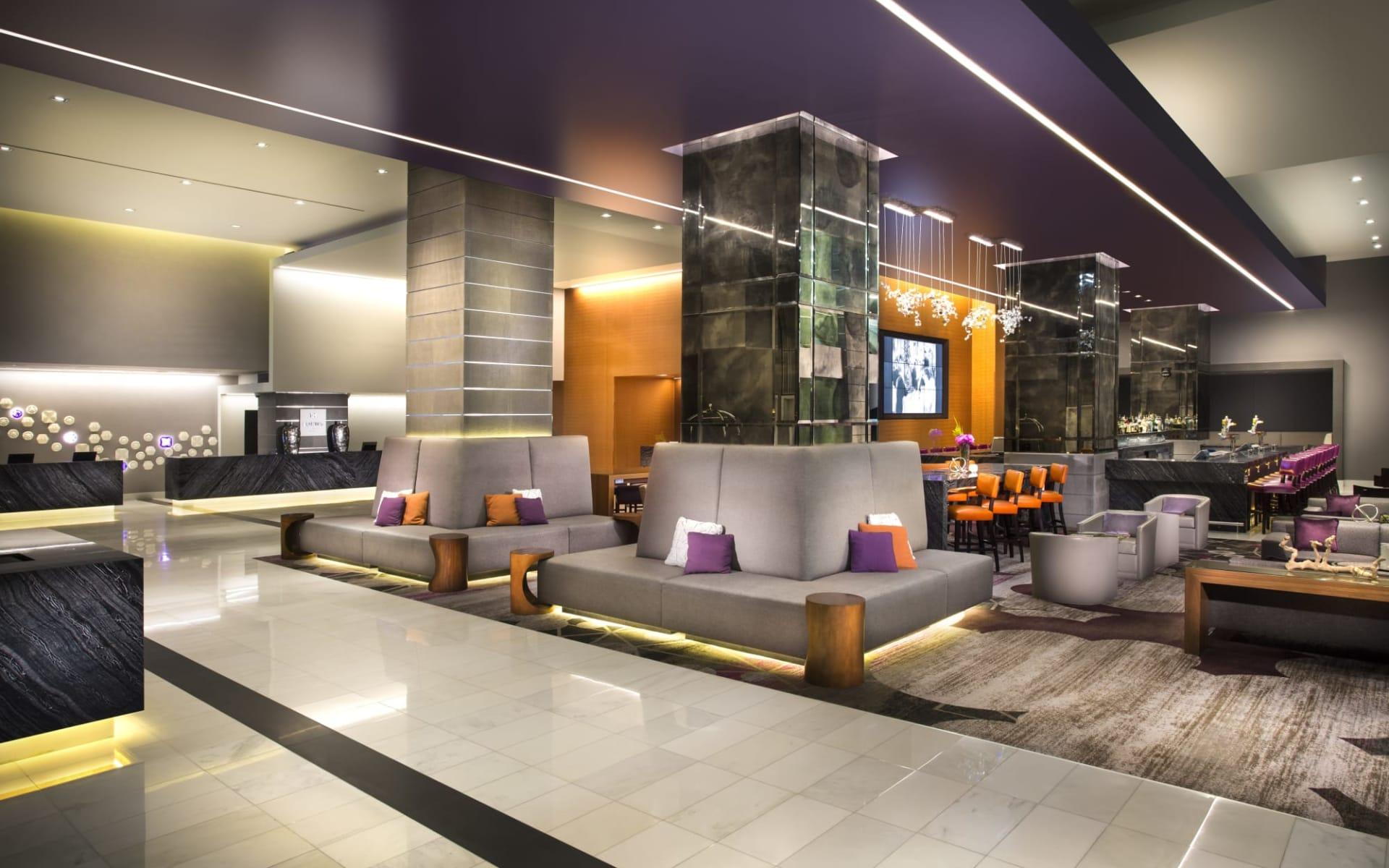 Loews Hollywood Hotel:  Loews Hollywood - Lobby