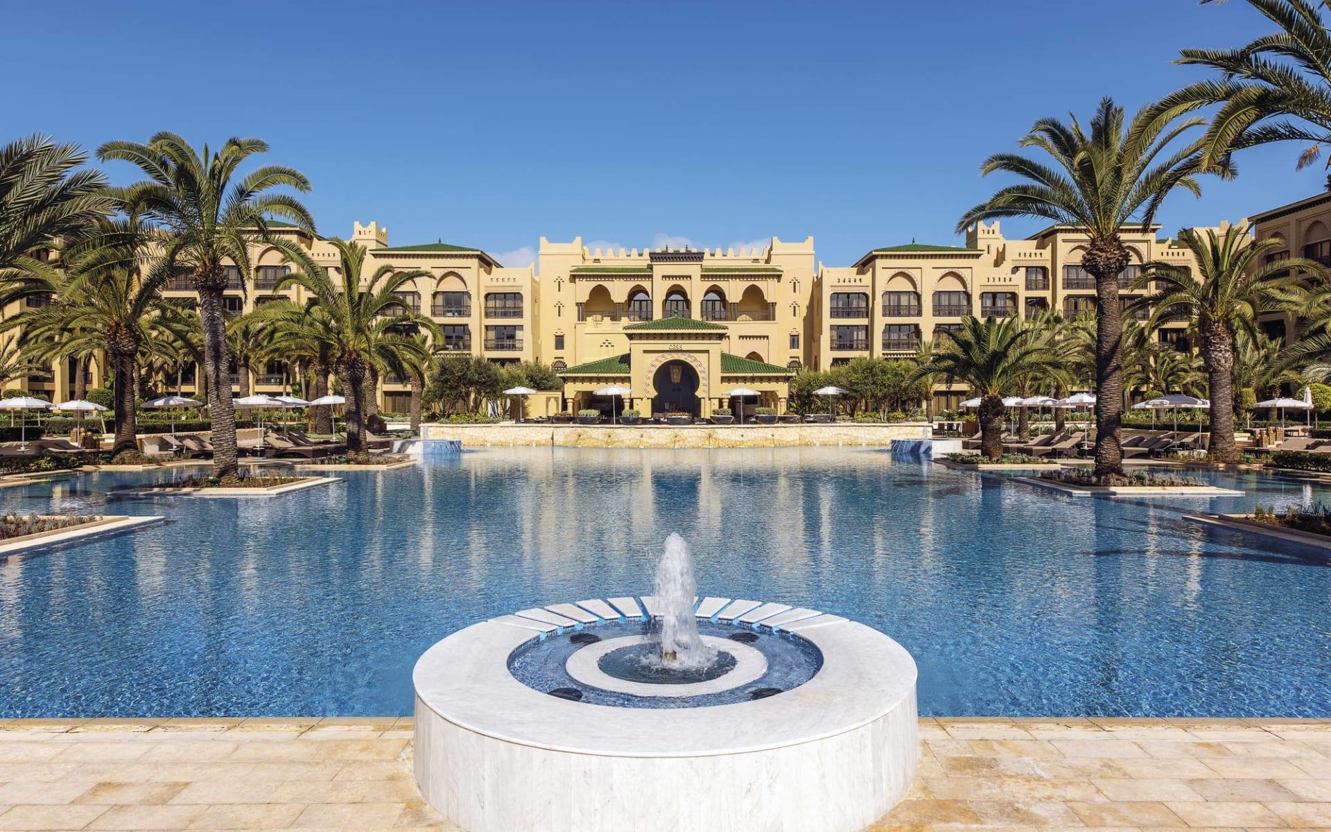 Mazagan Beach & Golf Resort in El Jadida: Mazagan & Golf Resort - Blick über Pool zum Hotel