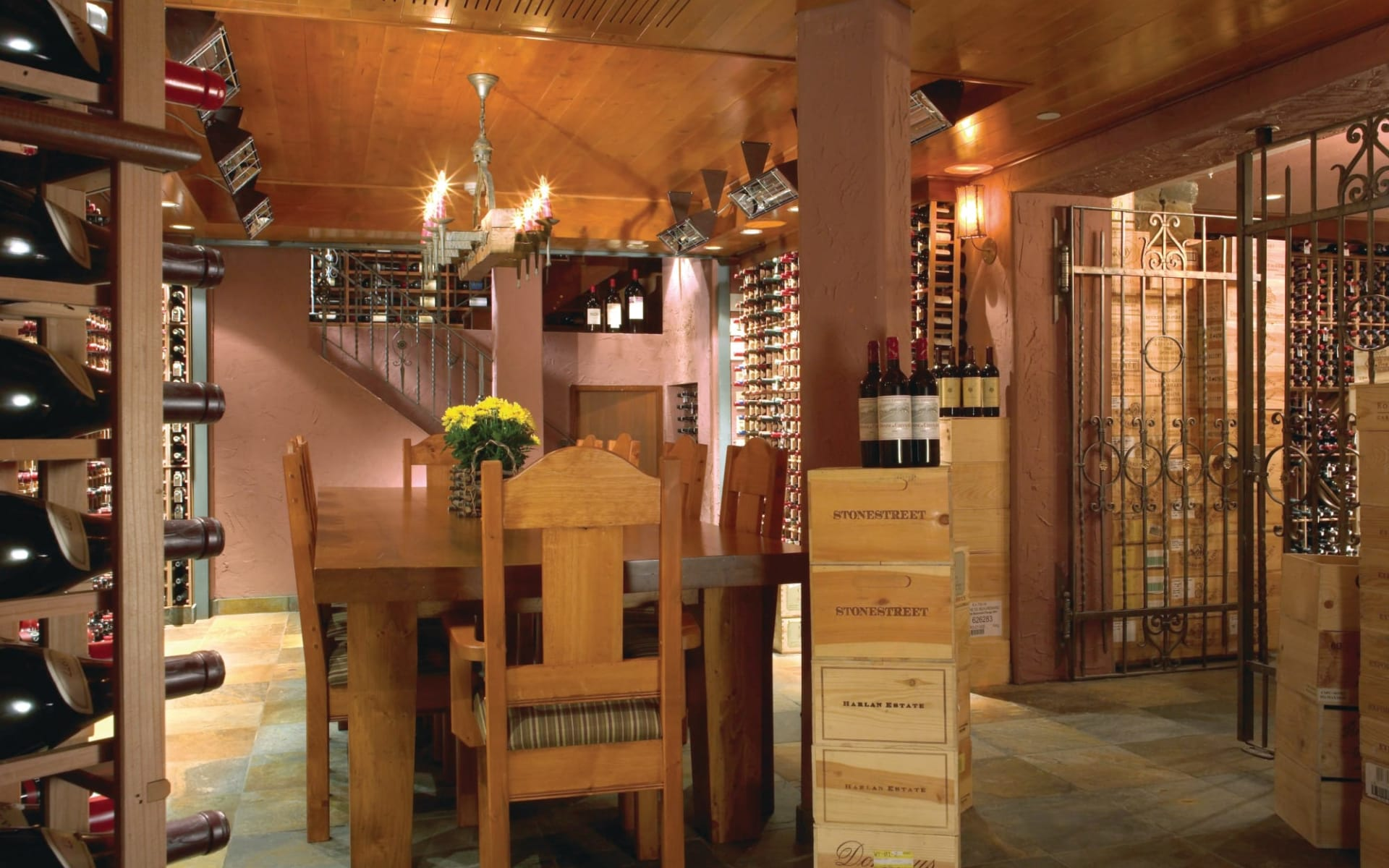 Post Hotel & Spa in Lake Louise: facilities_Post Hotel & Spa_WineCellar_cMichaelSoroka