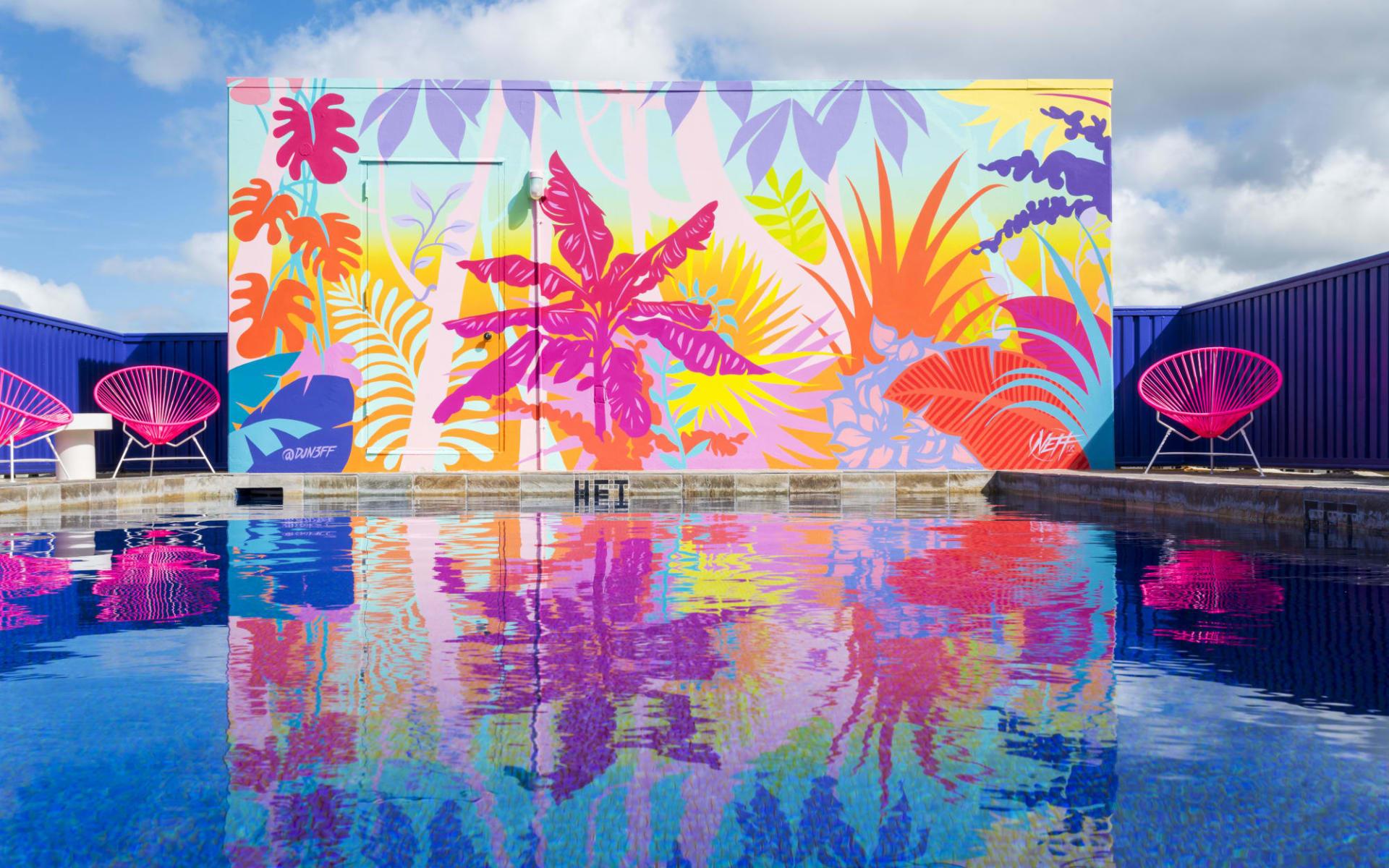Shoreline Hotel in Honolulu - Oahu: Shoreline Hotel_Pool