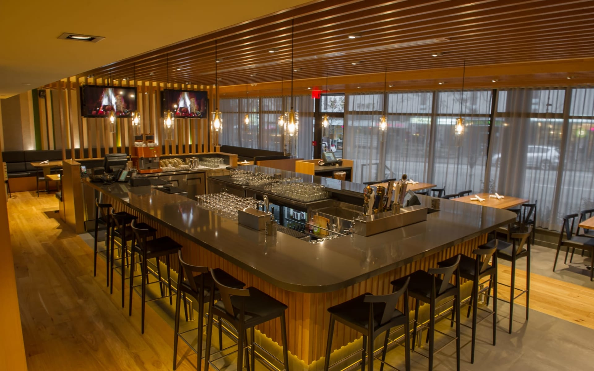 The Listel Hotel in Vancouver: facilities_The Listel Hotel_ForageRestaurant