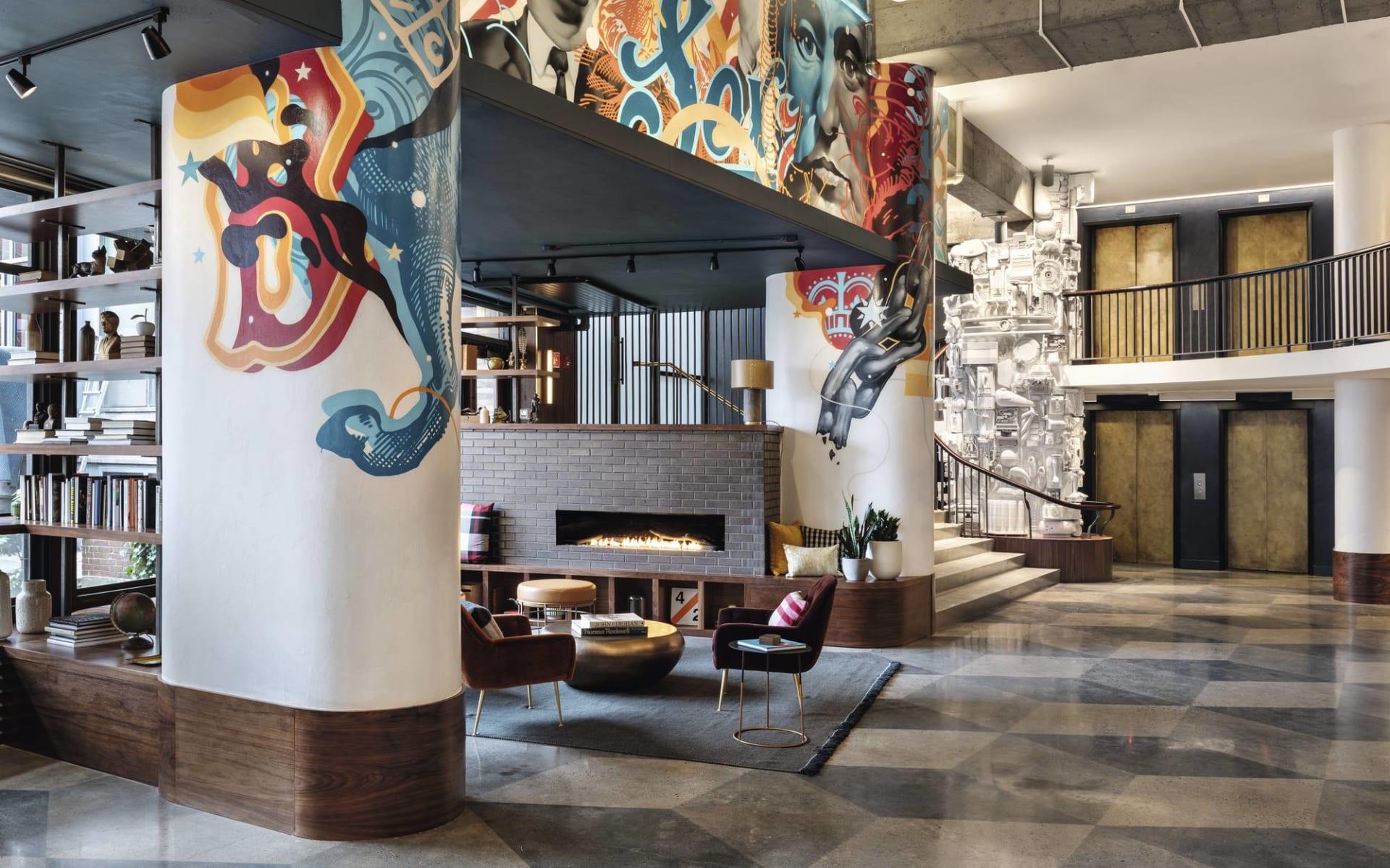 The Revolution Hotel in Boston: Lobby