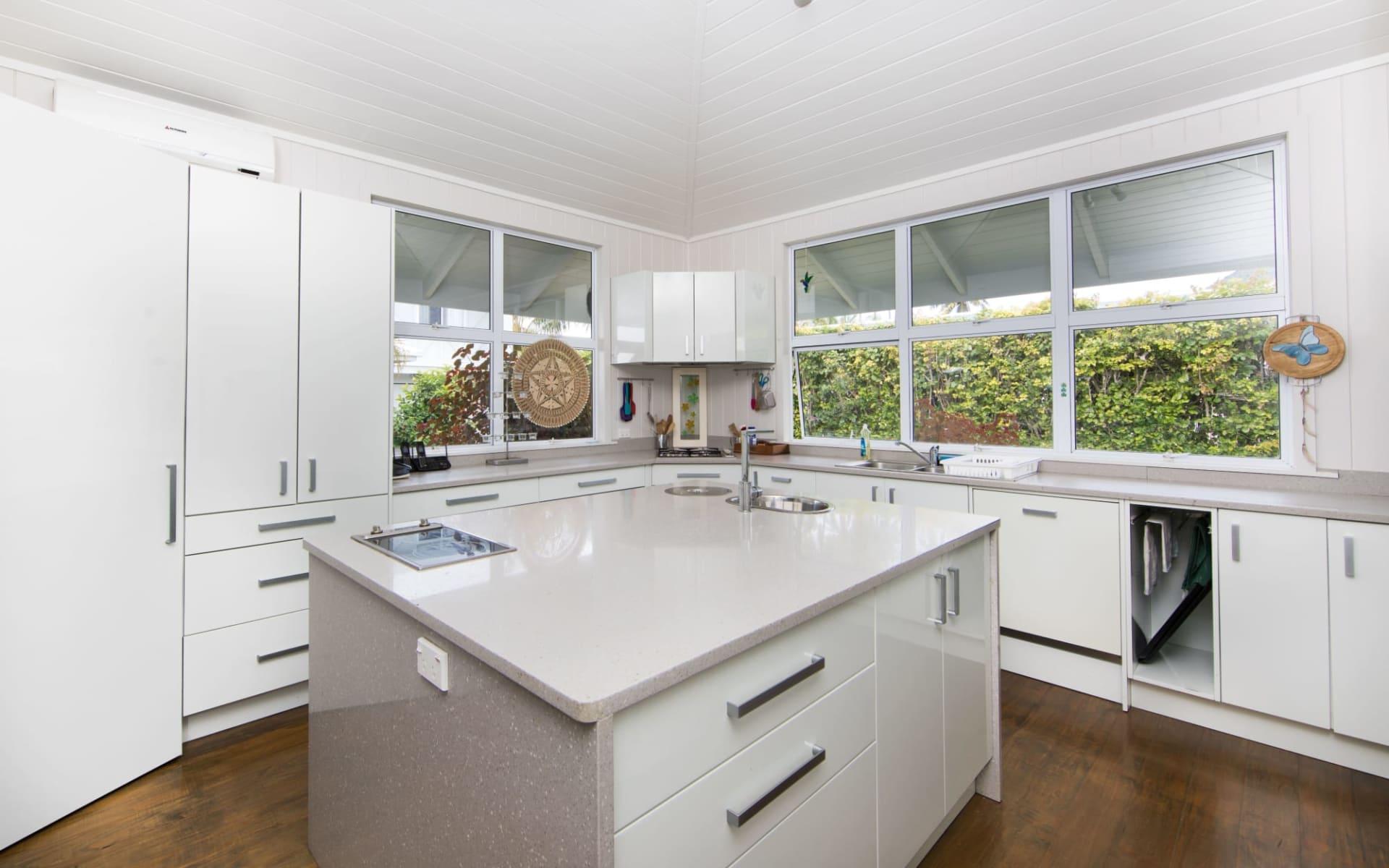 Waterfoot House in Rarotonga:  Waterfoot-House-Kitchen