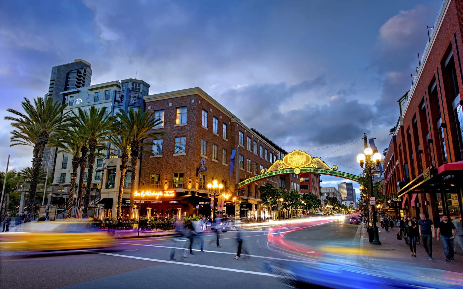 Hotel Indigo San Diego-Gaslamp Quarter: Gaslamp_v1_r1