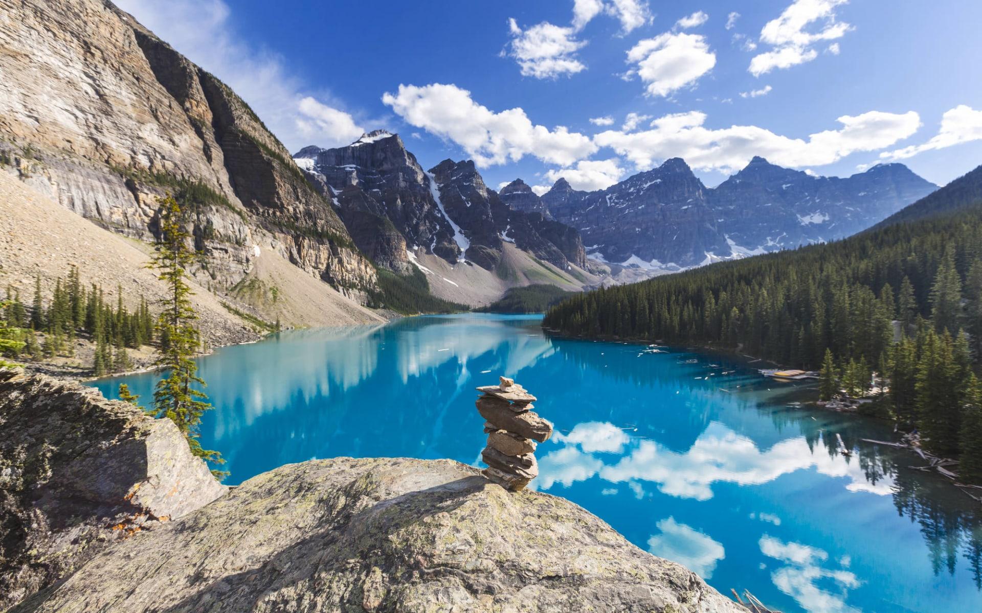 Kanadische Kontraste ab Toronto: Kanada - Banff Nationalpark - Moraine Lake Panorama