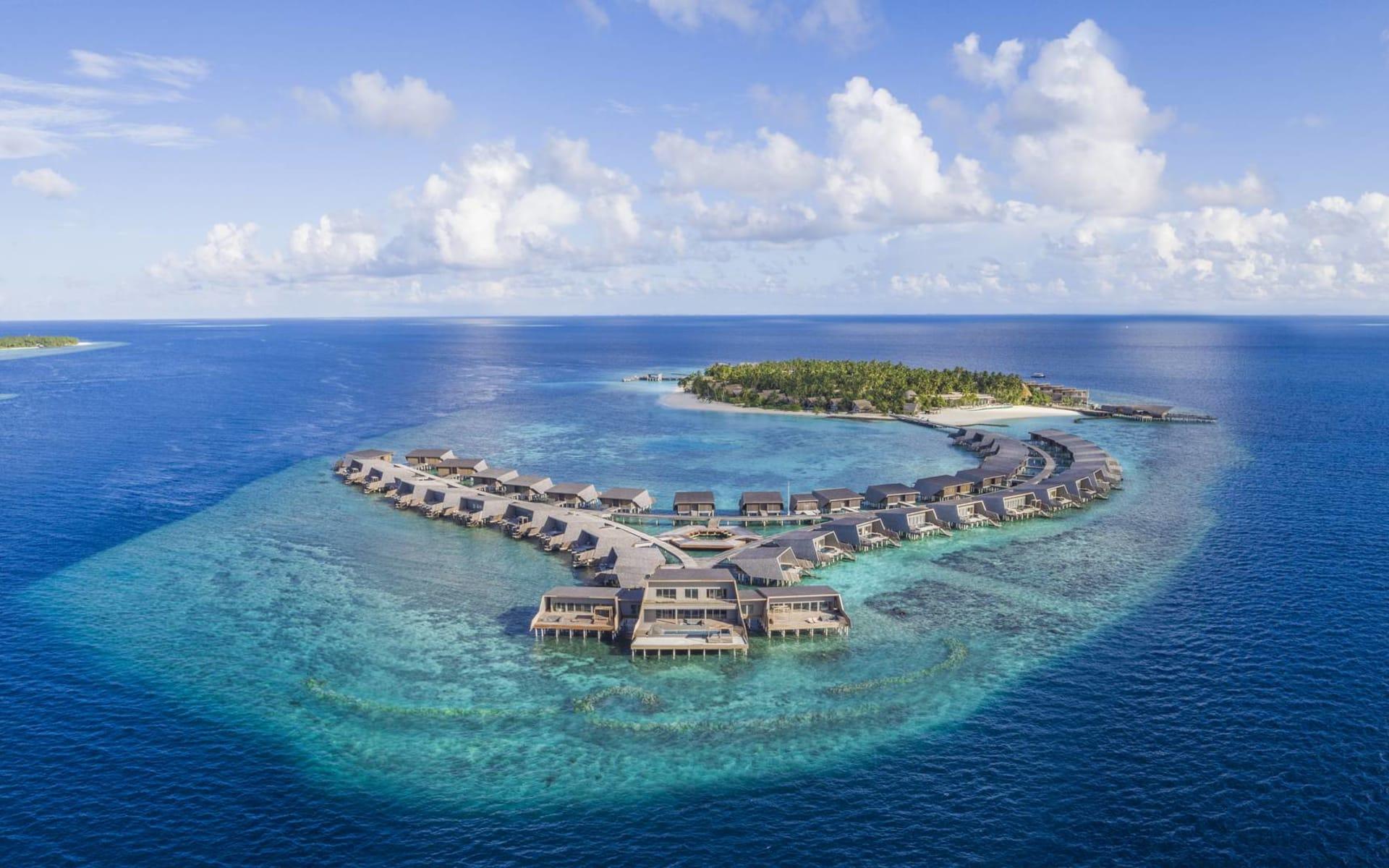 The St. Regis Maldives Vommuli Resort in Dhaalu-Atoll: