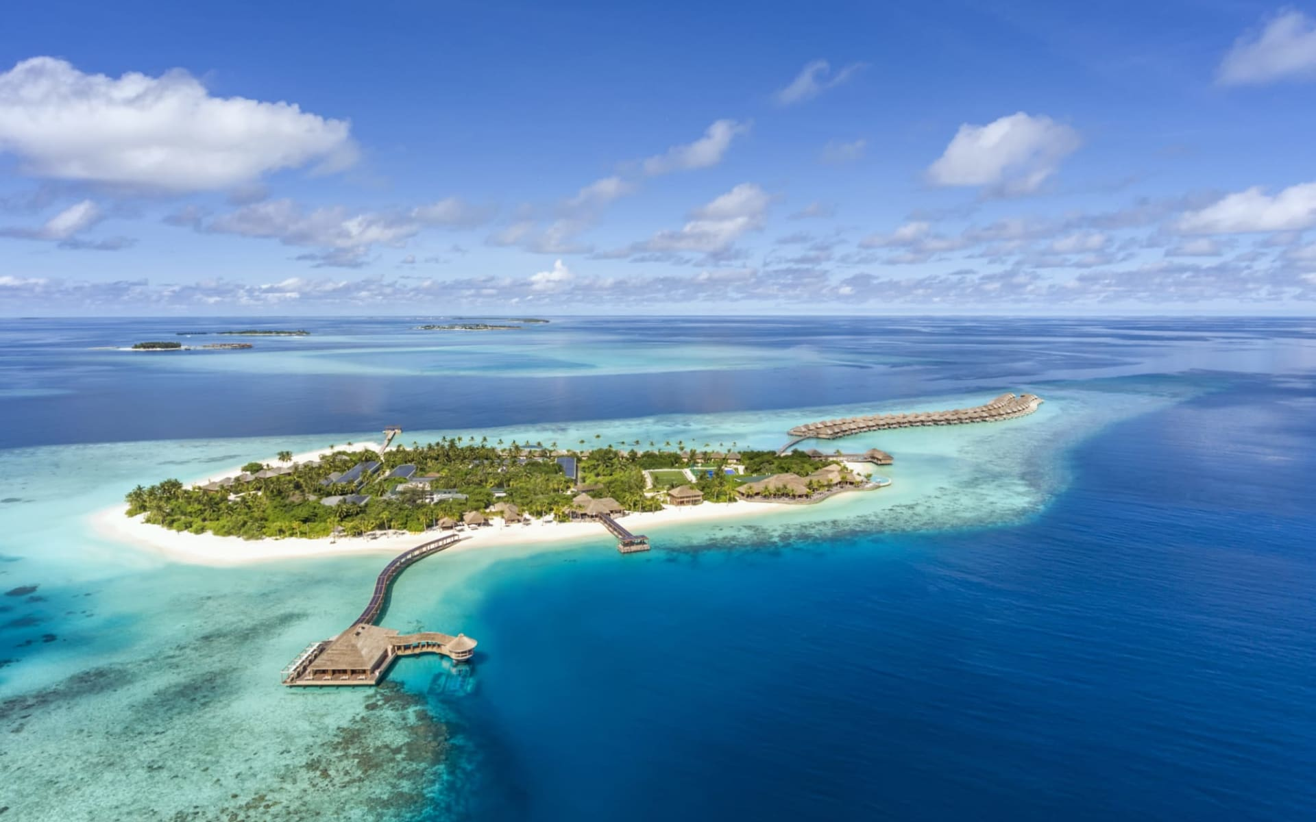 Hurawalhi Island Resort in Lhaviyani-Atoll: