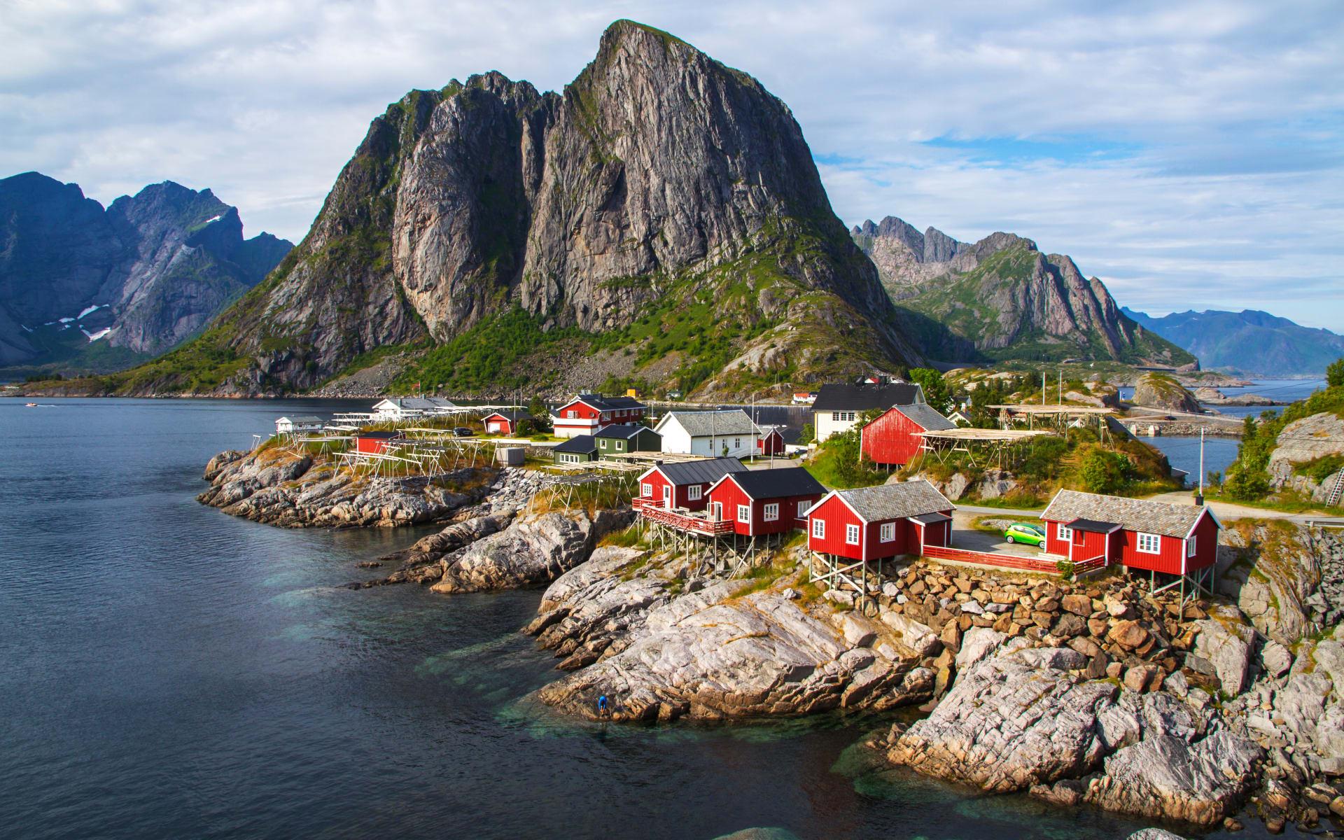 Winterliches Norwegen im Glanz der Polarlichter ab Tromsö: Lofoten