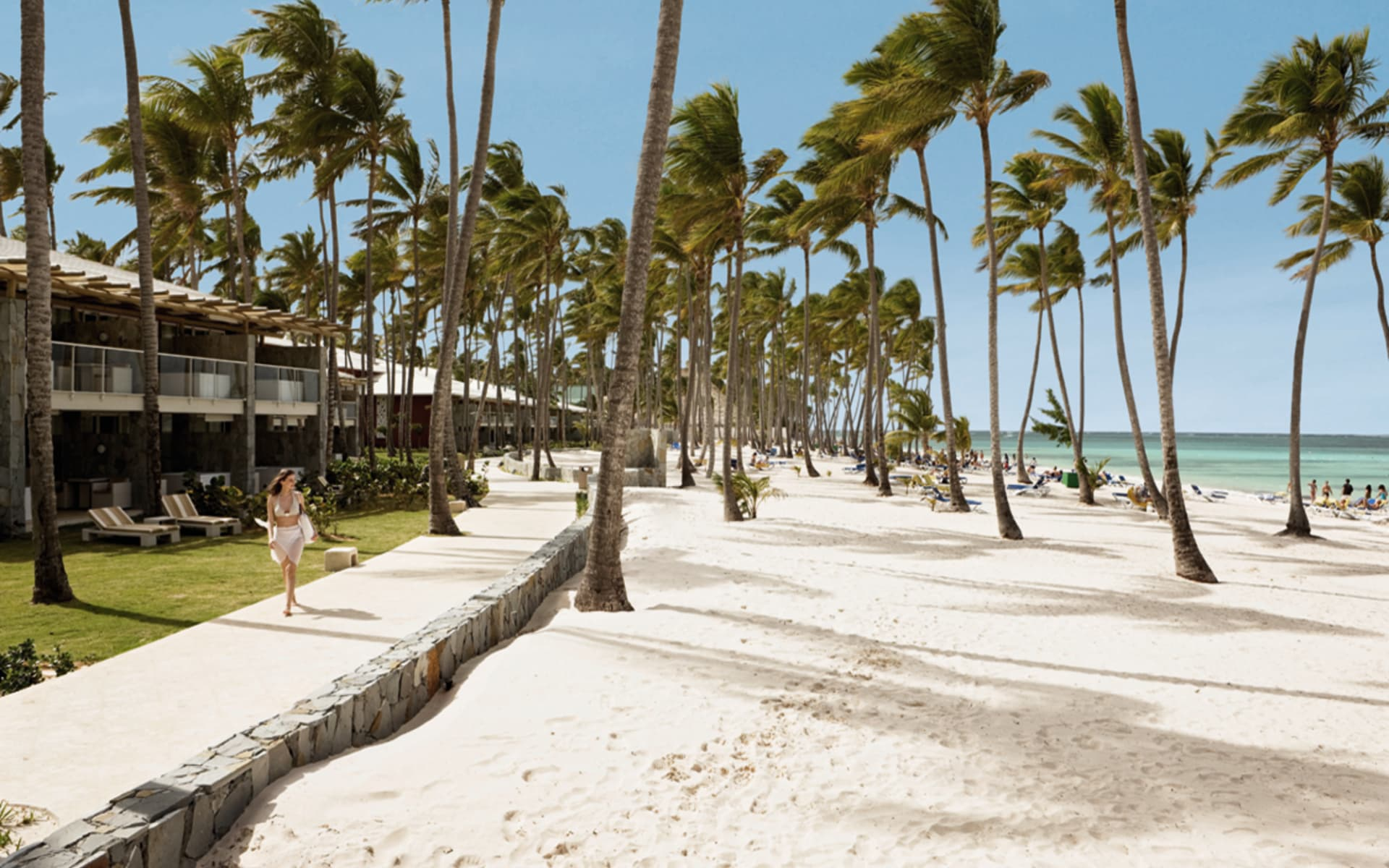 Barceló Bávaro Palace Deluxe in Punta Cana: natur barcelo bavaro palace deluxe strandpromenade