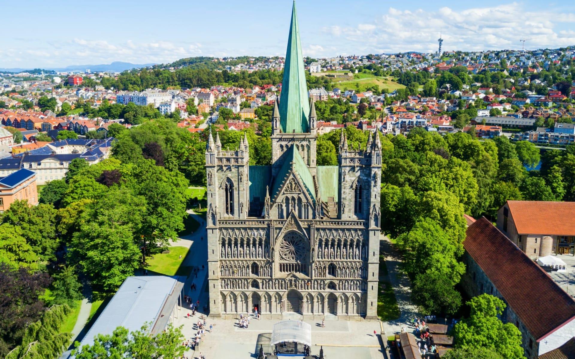 Clarion Hotel in Trondheim: Nidaros Domkirke ist eine Kathedrale Norwegens in Trondheim