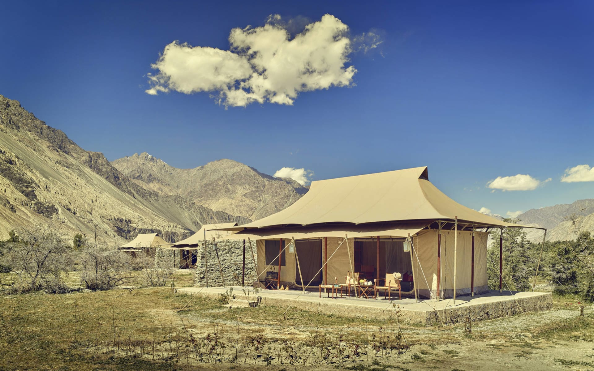 Ladakh luxuriös ab Leh: nubra tent exterior