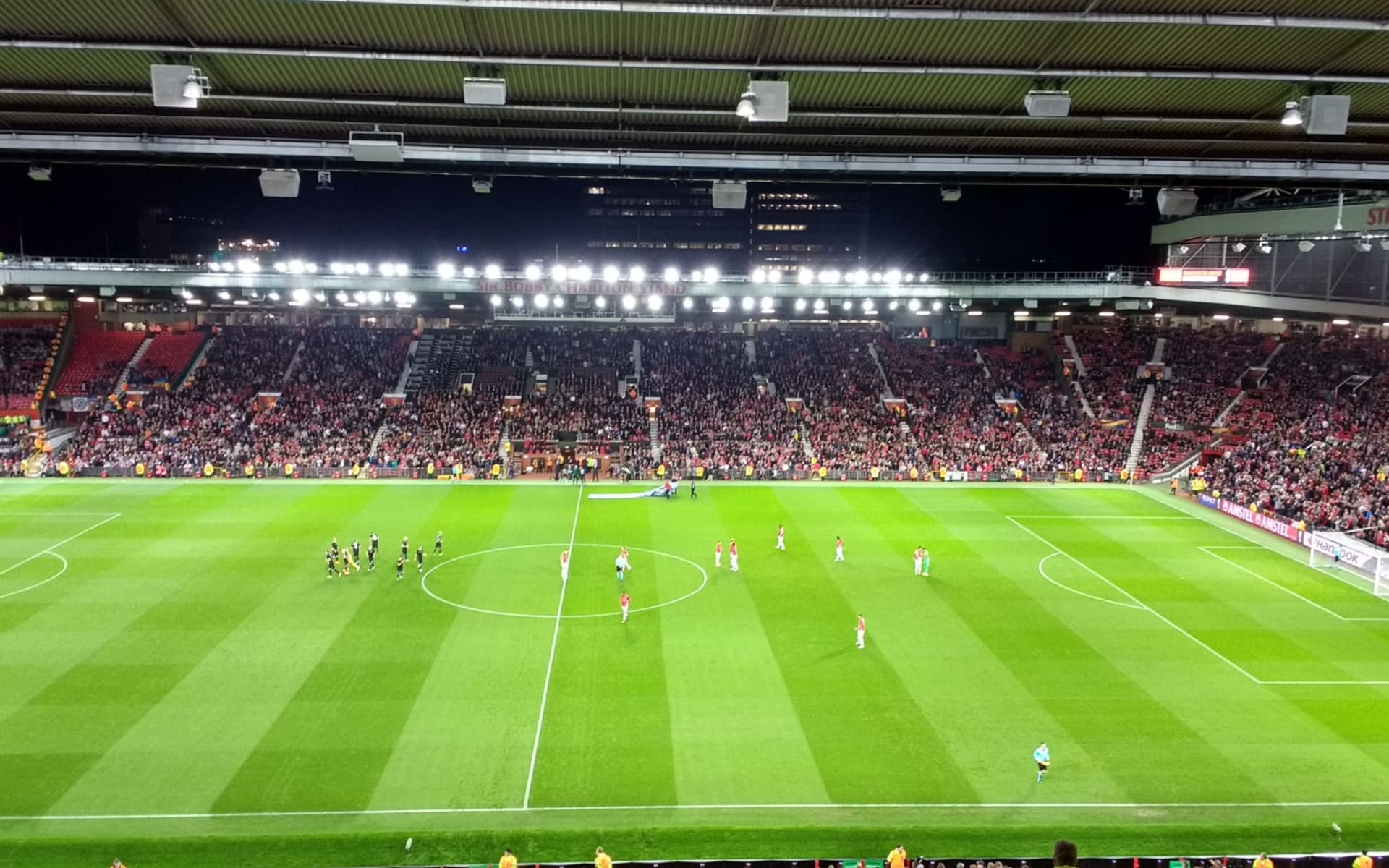 Manchester United: old-trafford-1733242