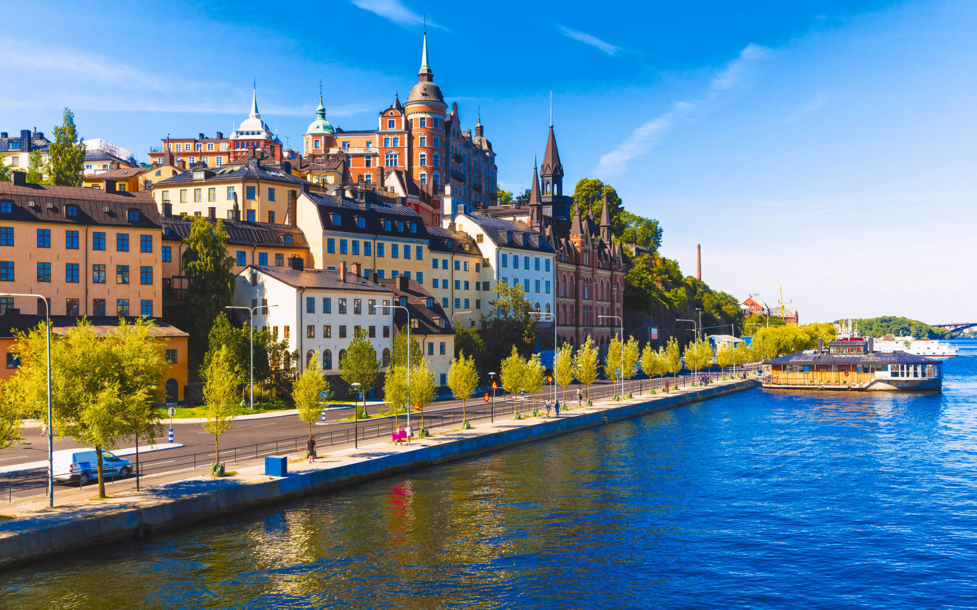 Comfort Xpress in Stockholm: Panoramablick auf die Altstadt im Stadtteil Sodermalm, Stockholm