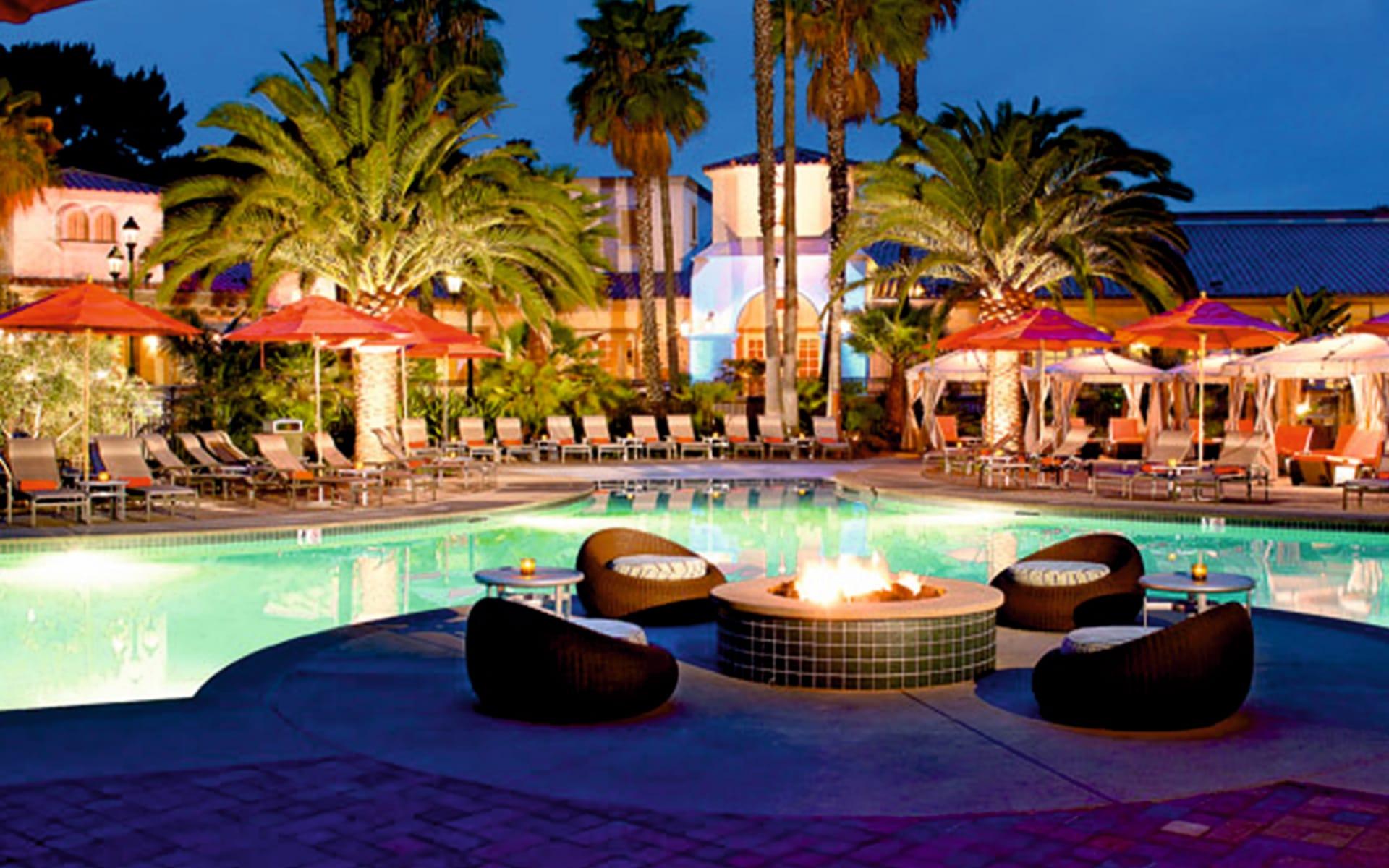Mission Bay Resort in San Diego: pool hilton san diego resort and spa gartenanlage