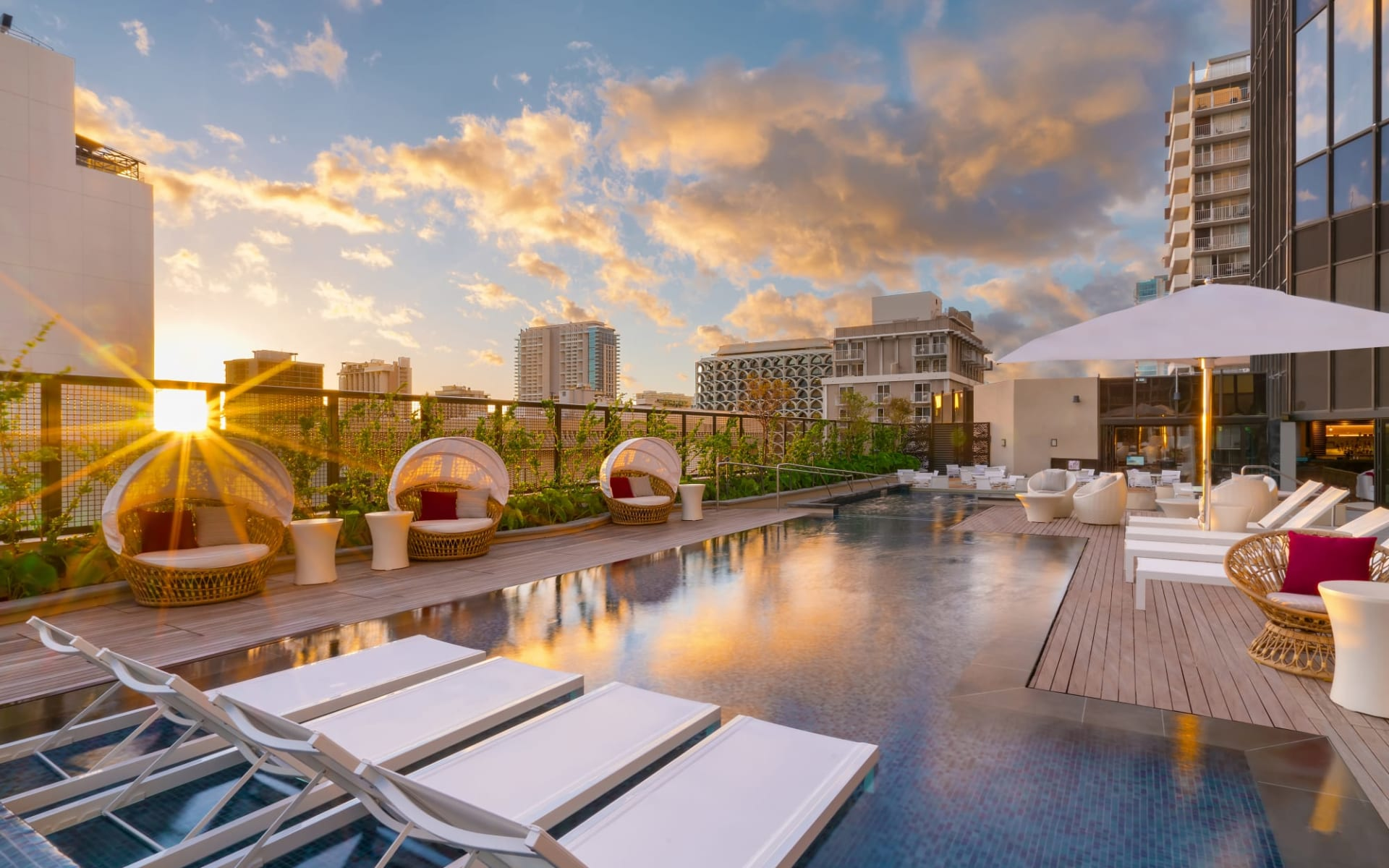 Hyatt Centric Waikiki Beach in Honolulu - Oahu: Hotelpool