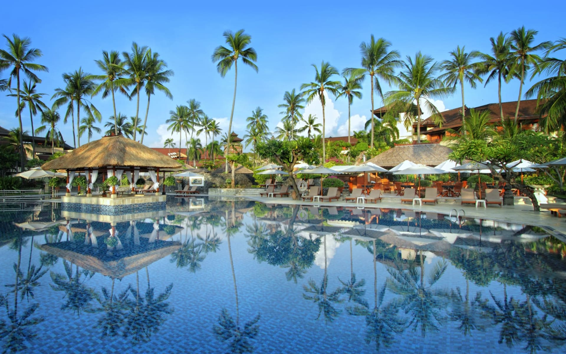 Nusa Dua Beach Hotel & Spa in Südbali: Main Pool