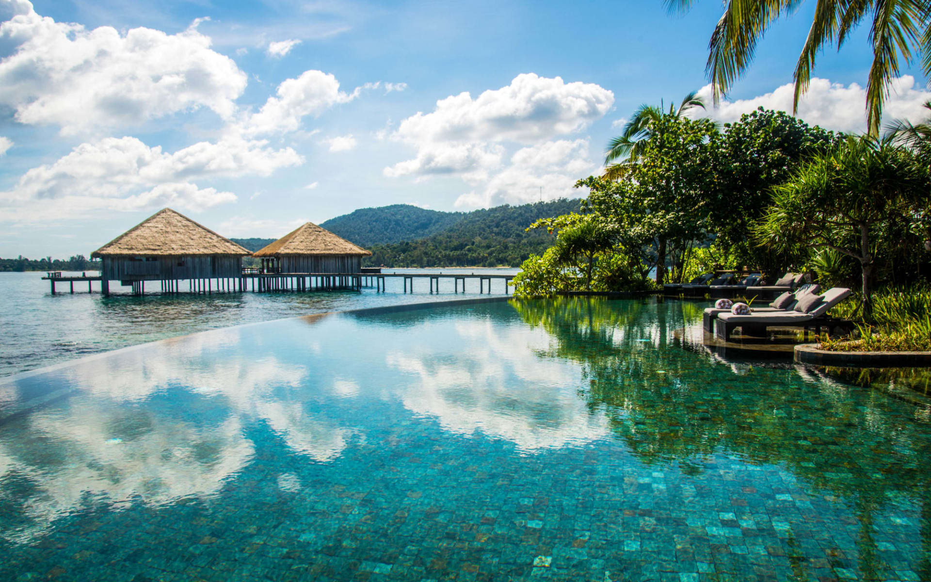 Song Saa Private Island in Sihanoukville & Inseln: Main pool