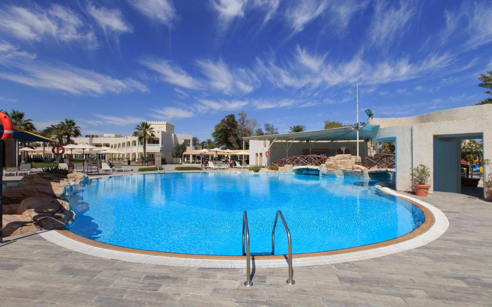 Sealine Beach A Murwab Resort in Doha: Swimming Pool 3