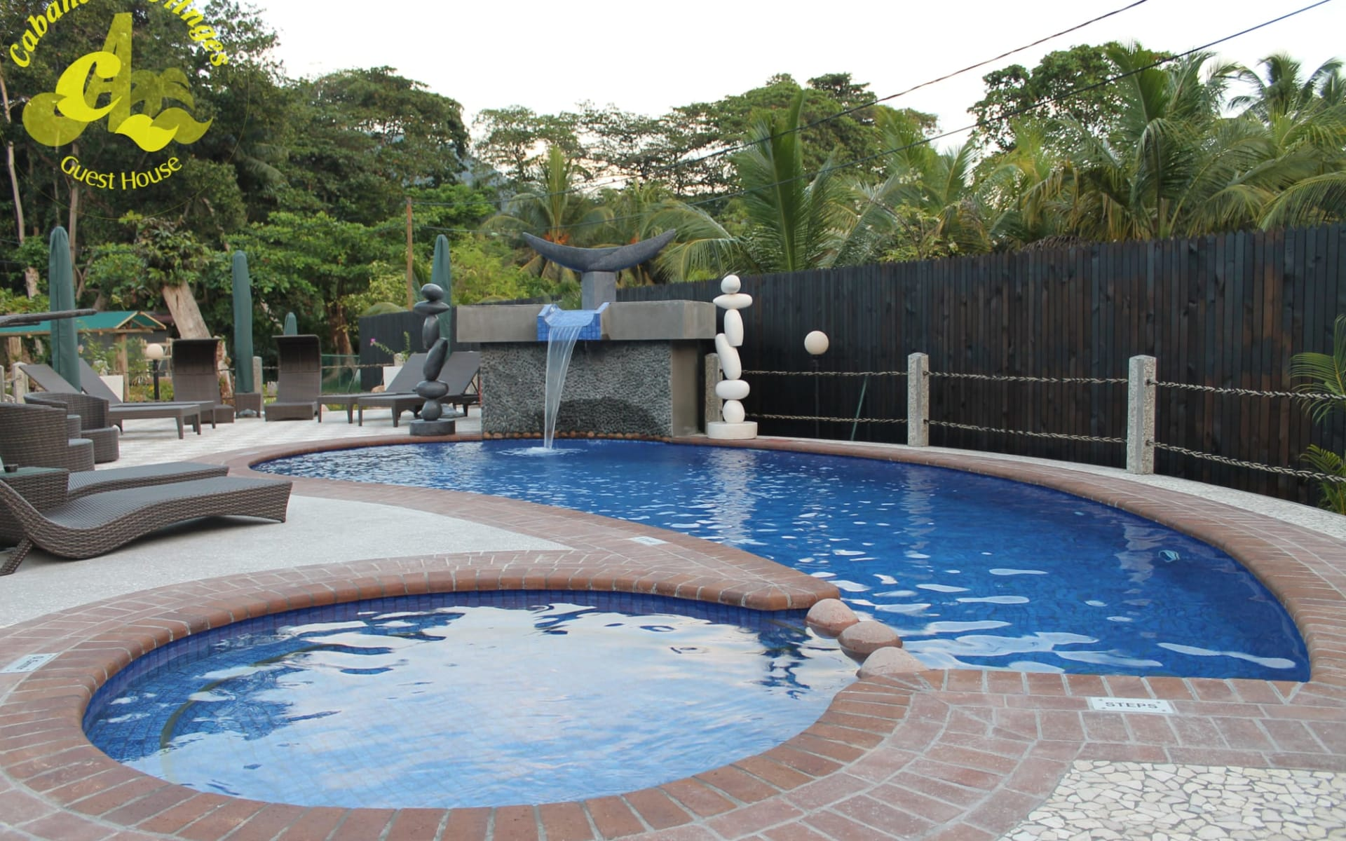 Cabanes des Anges in La Digue: Swimming pool