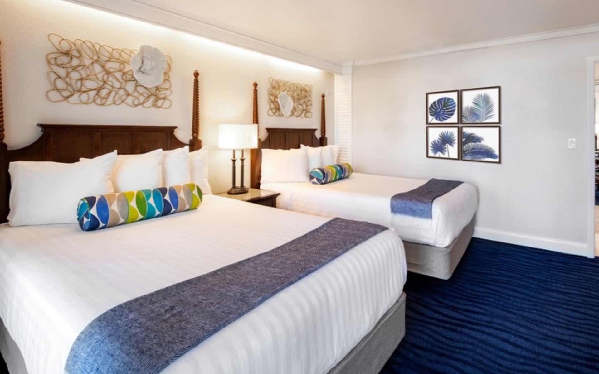 Tradewinds Island Grand Beach Resort in St. Pete Beach:  1543523639_ig_bedroom_lo