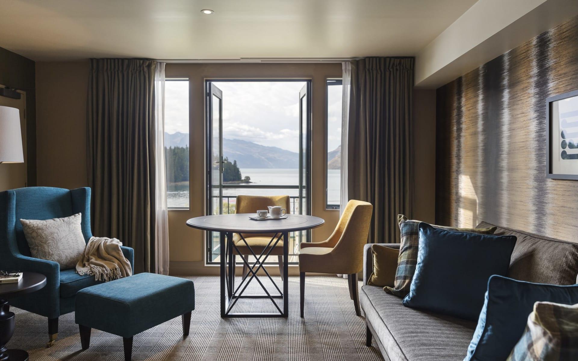 Hotel St Moritz Queenstown: 8 One Bedroom Alpine Suite Lake View Balcony
