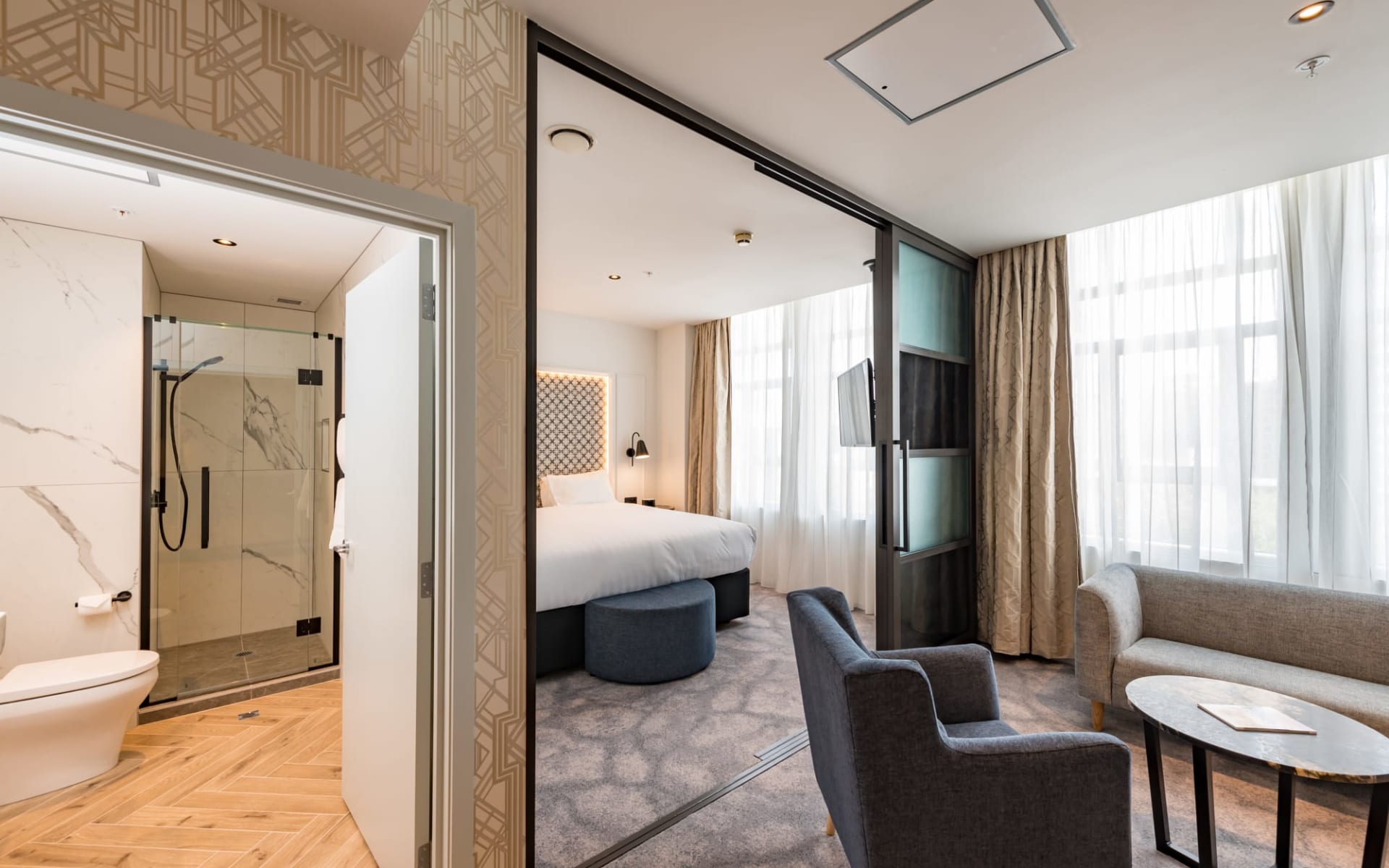 Airedale Boutique Suites in Auckland:  8th Floor Scenic Queen Street-1